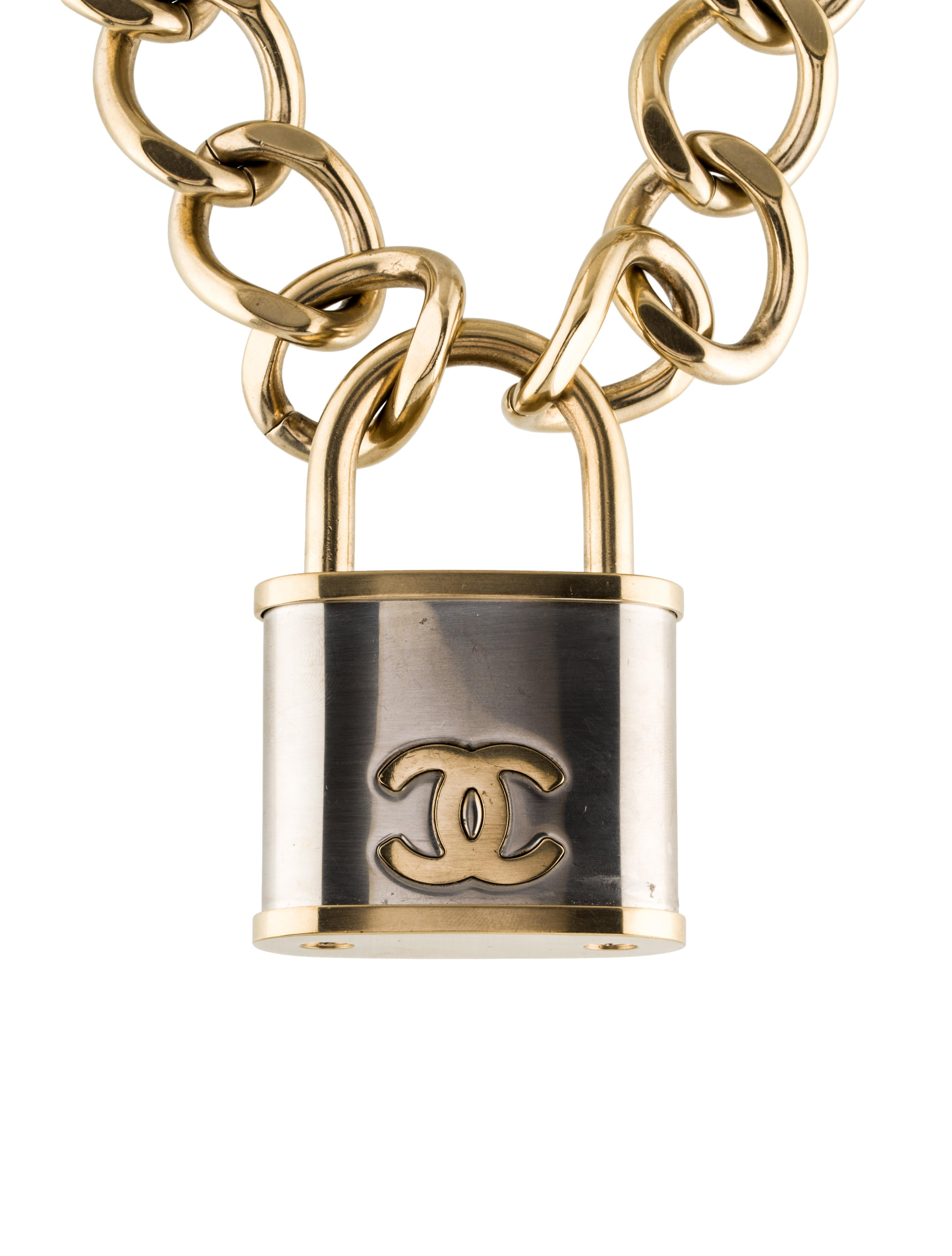 Chanel Cc Lock Pendant Necklace Necklaces Cha168656