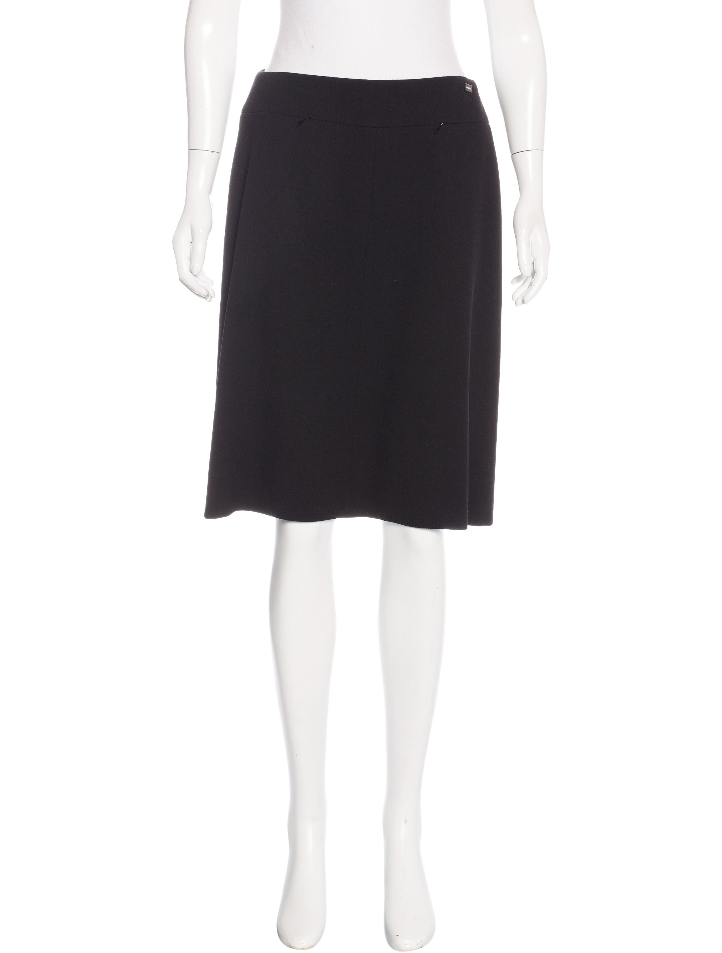 chanel wool knee length skirt w tags clothing