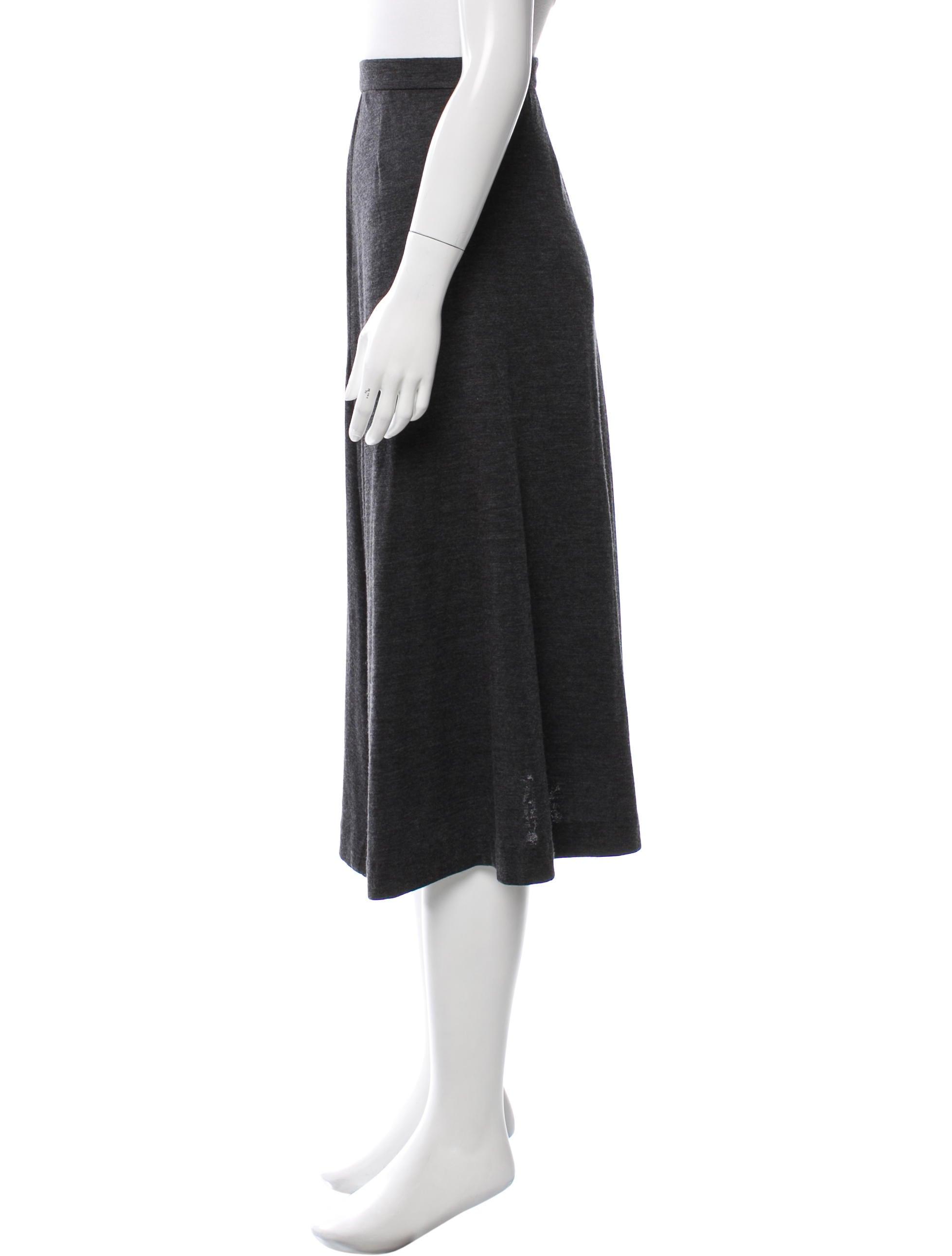 chanel knit midi skirt clothing cha169603 the realreal