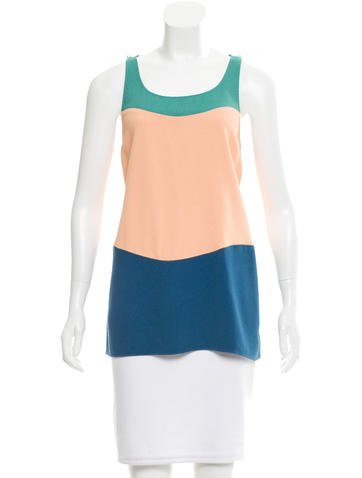 Chanel Sleeveless Colorblock Top None