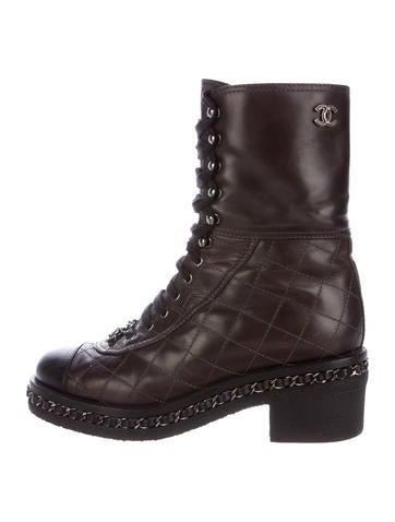 d51d667ae35 Minnetonka Women S Two Button Boot: Cap Toe Combat Boots