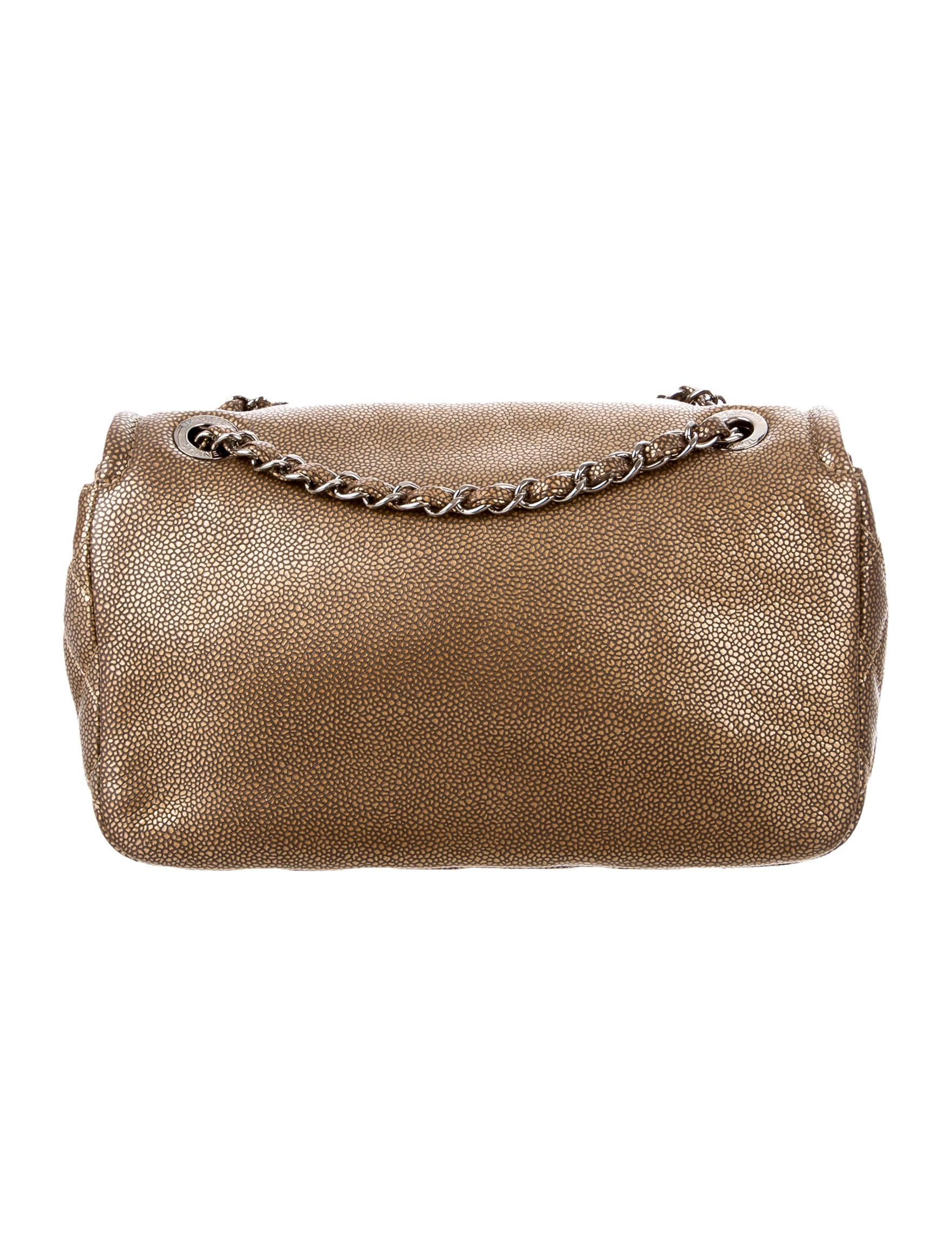 Chanel medium flap bag caviar