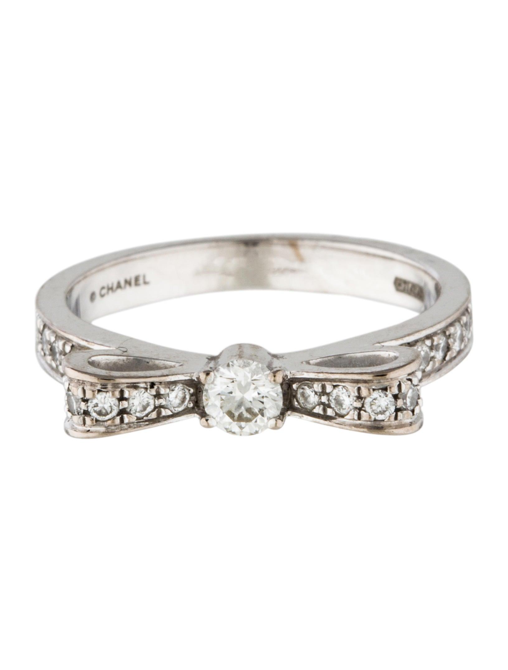 Ring Bow Il Gioiello Personalizzabile Con La Tua Nailart: Chanel Diamond Bow Ring - Rings - CHA170605