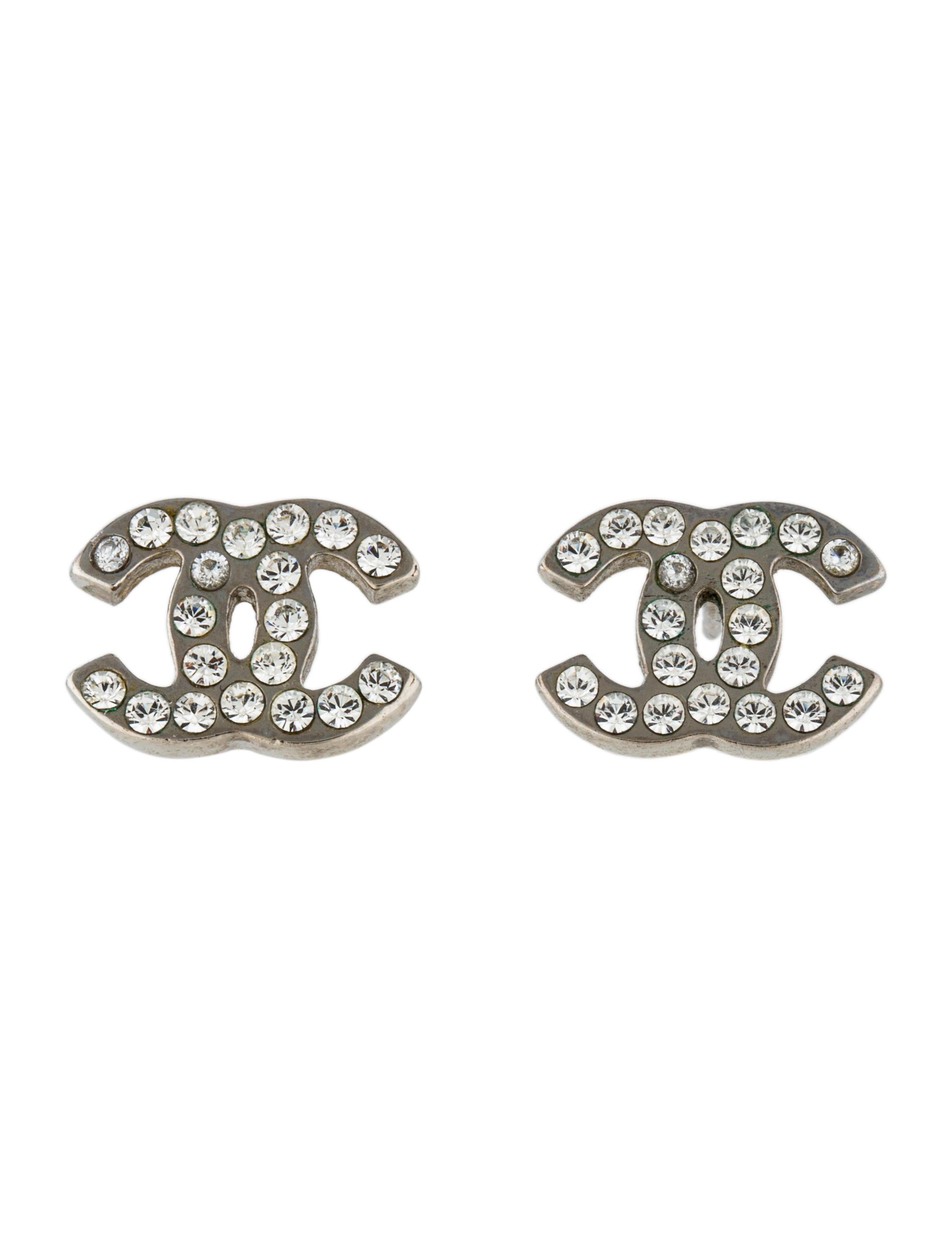 chanel crystal cc stud earrings earrings cha170958. Black Bedroom Furniture Sets. Home Design Ideas