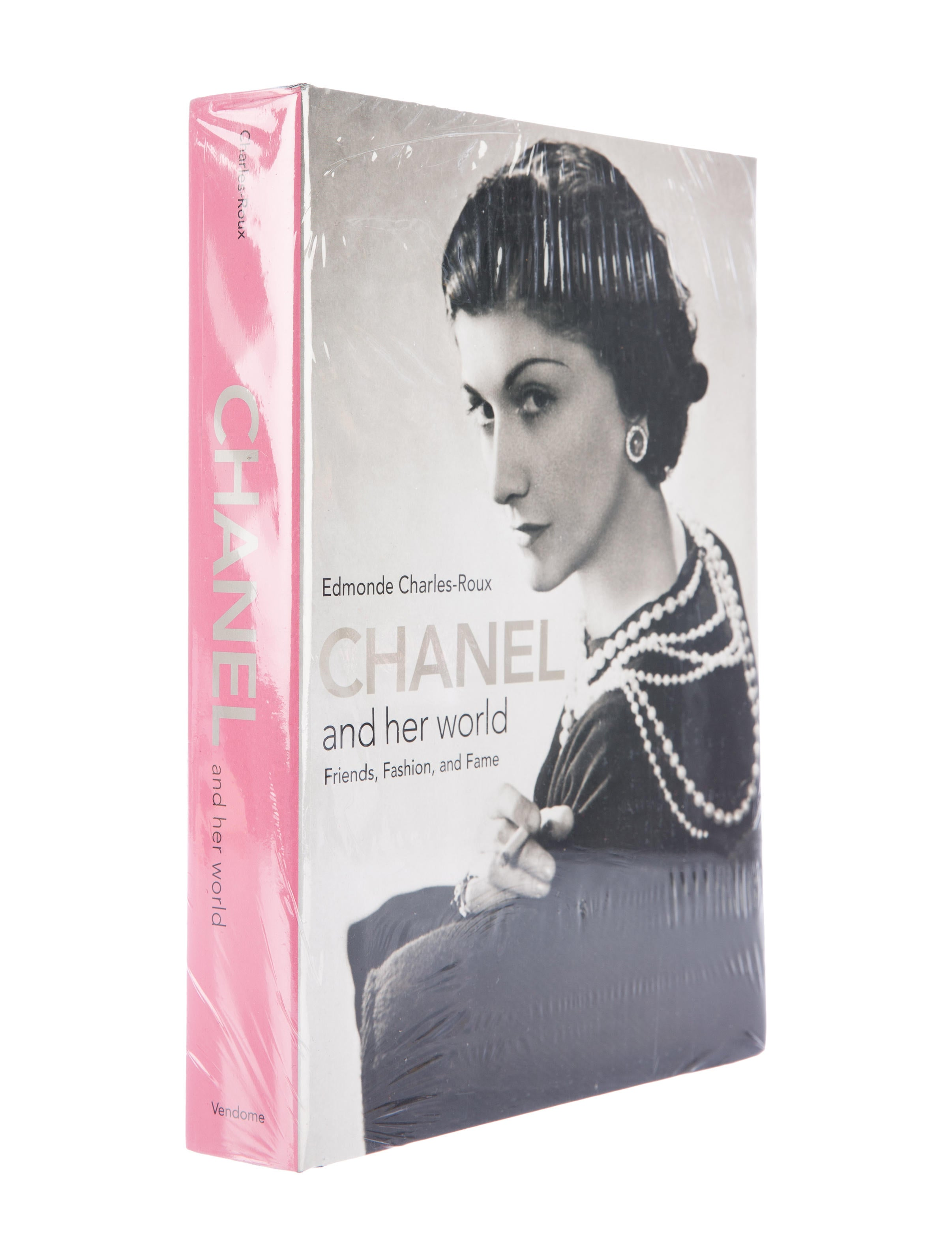 The Fashion Book Hardcover : Chanel and her world hardcover book decor