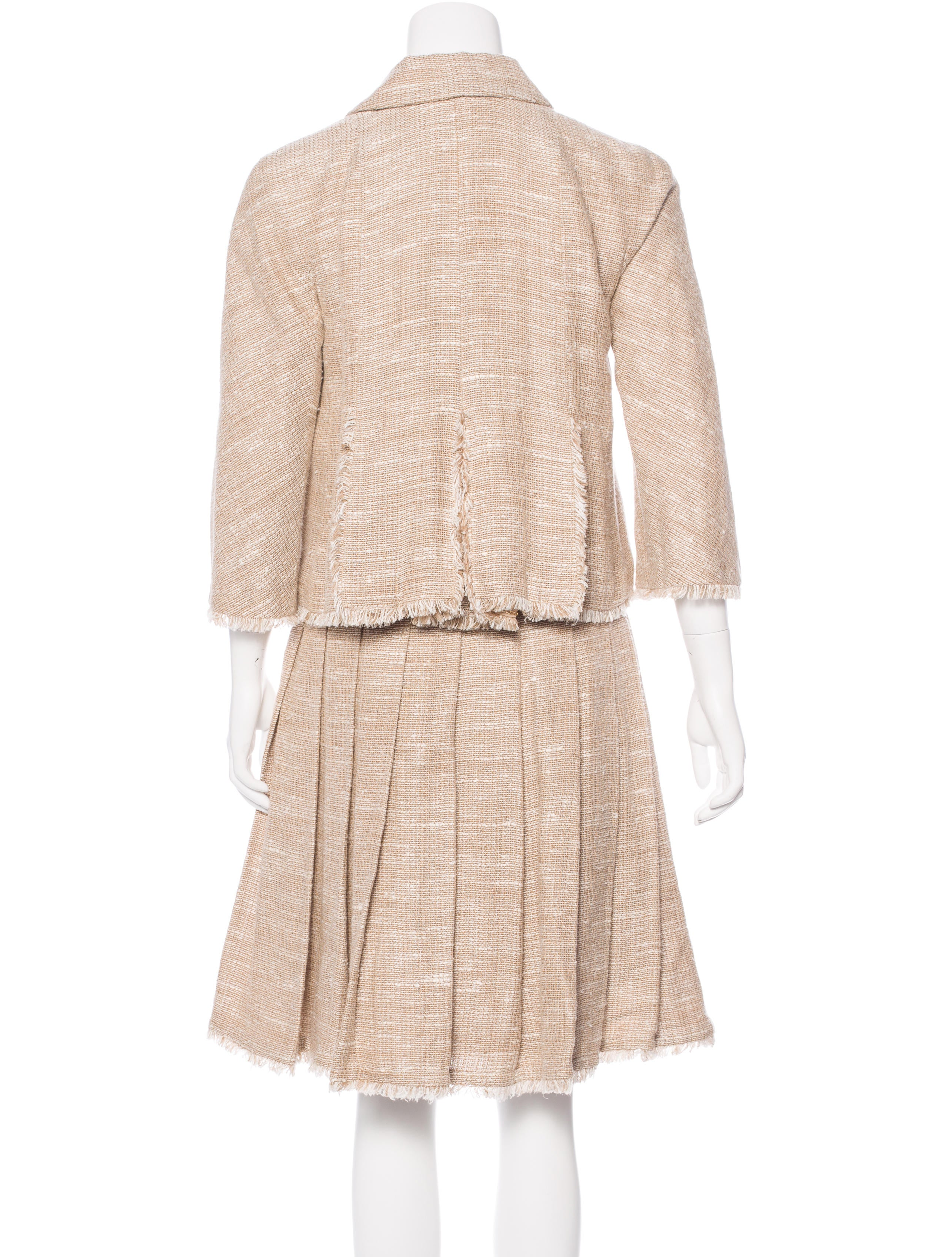 chanel tweed pleated skirt suit clothing cha172477