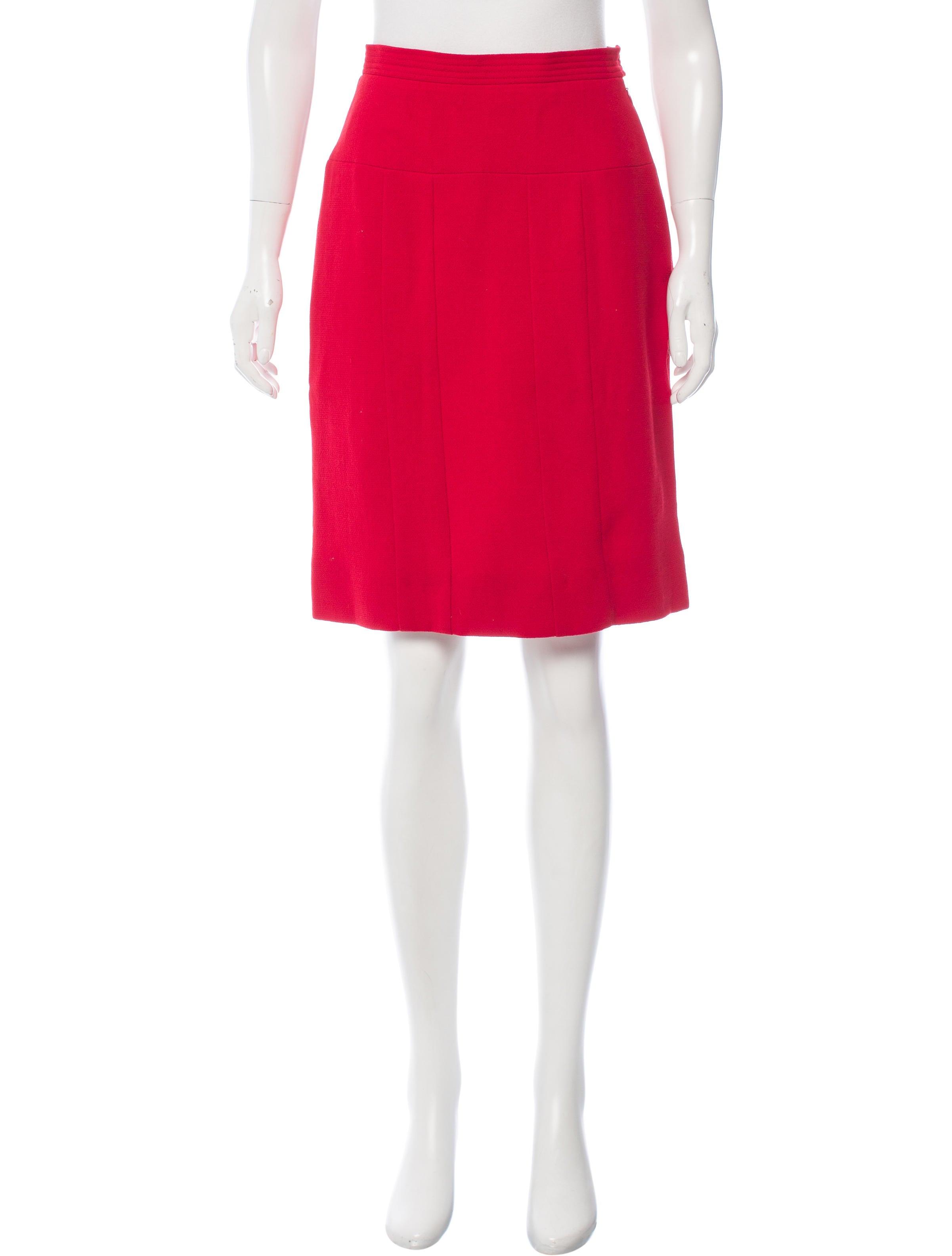 chanel knee length pencil skirt clothing cha173882
