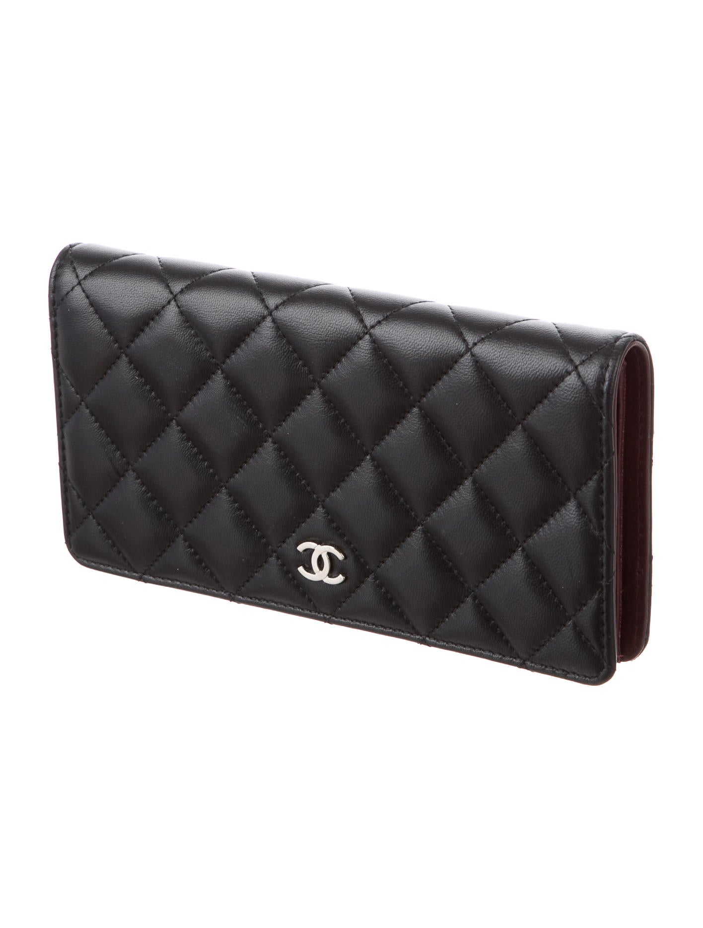 1d88e350d2c72d Chanel Quilted Yen Wallet - Accessories - CHA178428 | The RealReal