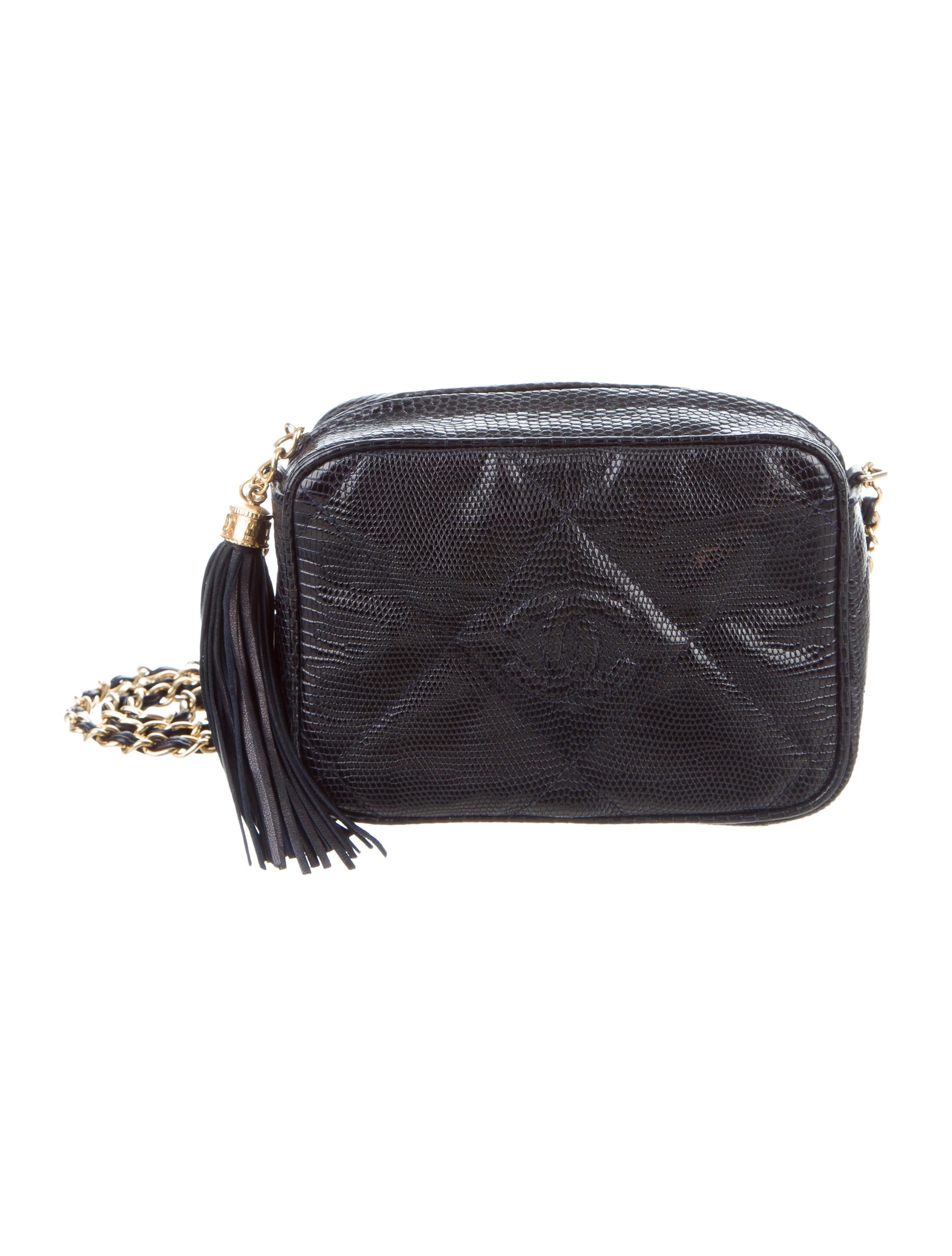 Chanel Väskor Vintage : Chanel vintage lizard mini camera bag handbags