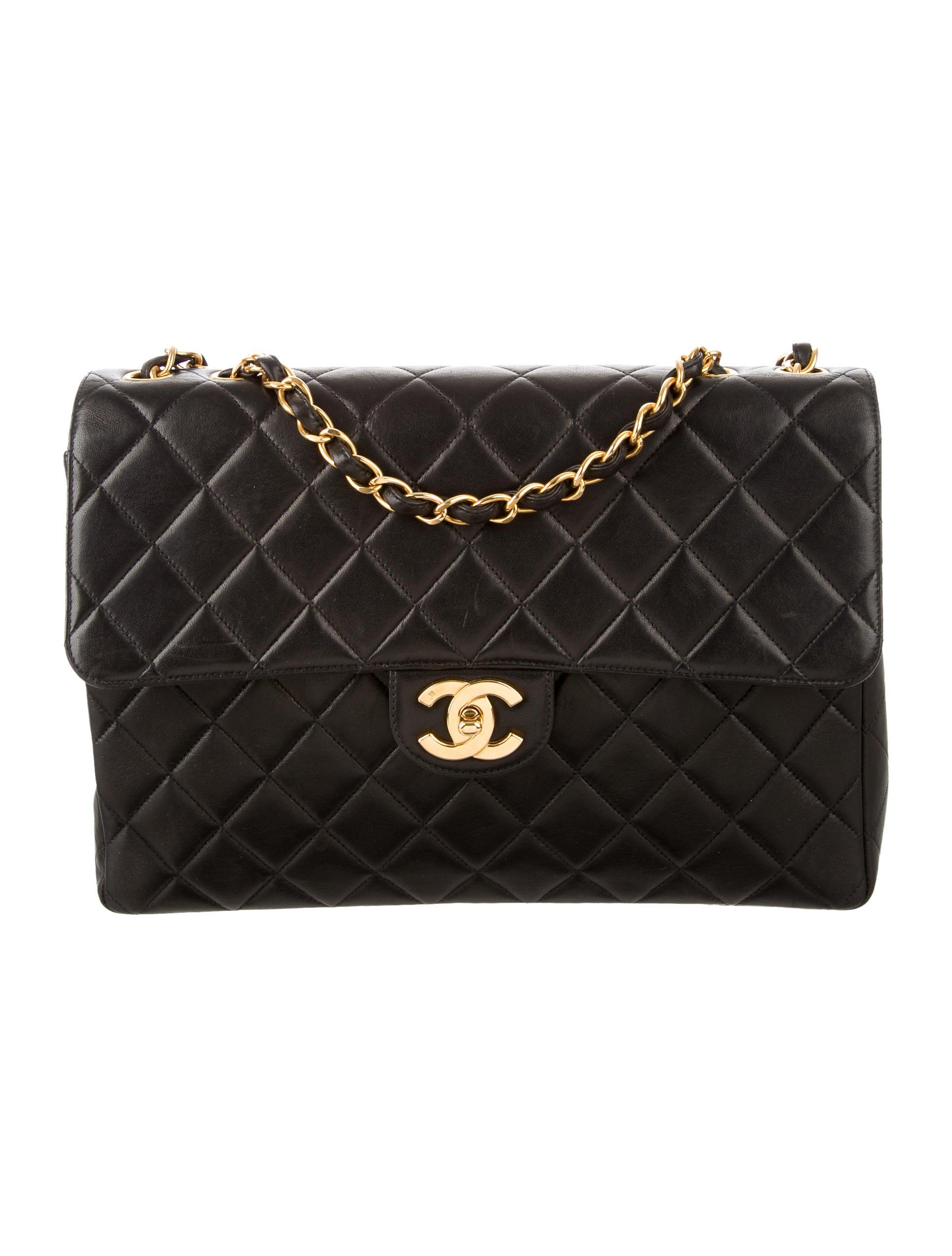 a561182cd65a97 Chanel Jumbo Classic Single Flap Bag - Handbags - CHA182897   The RealReal