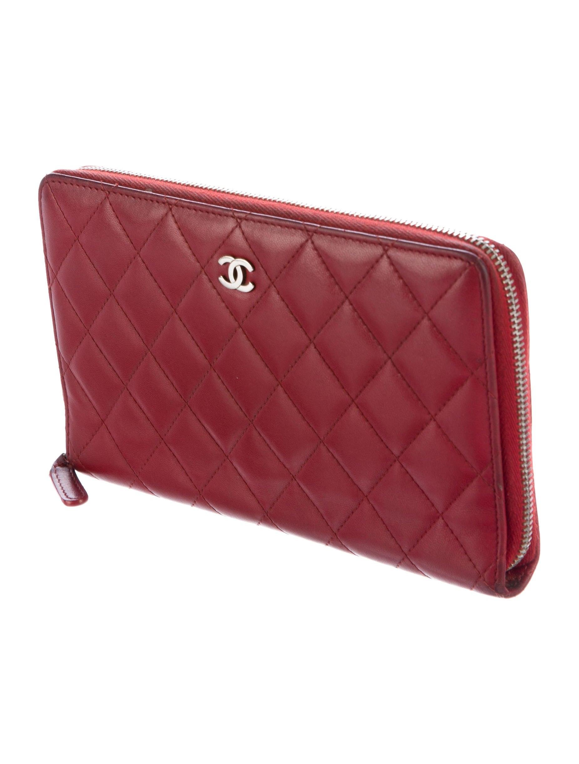Chanel Lambskin Quilted Organizer Wallet Accessories