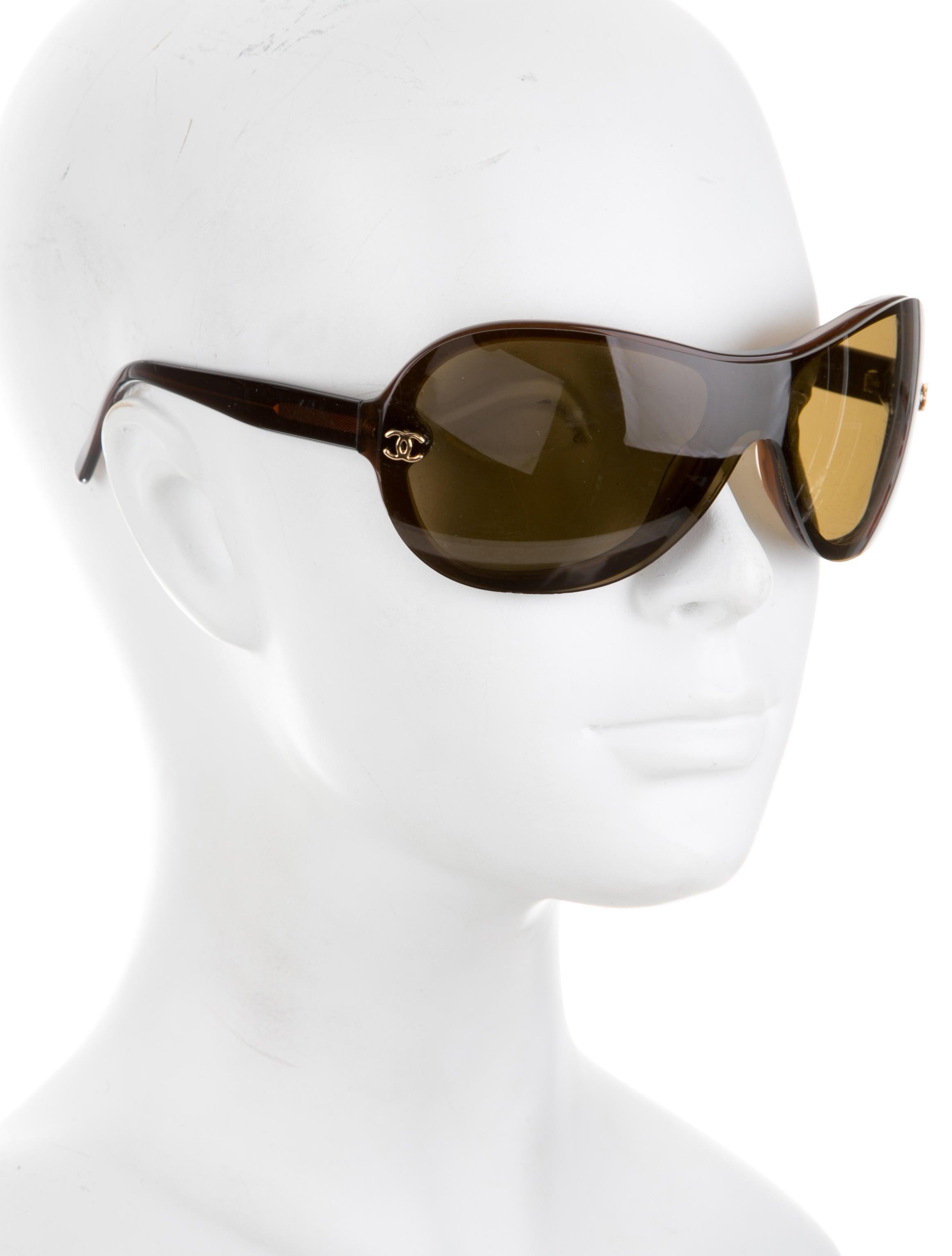 bf789f8293e Who Wears Chanel Shield Sunglasses - Bitterroot Public Library
