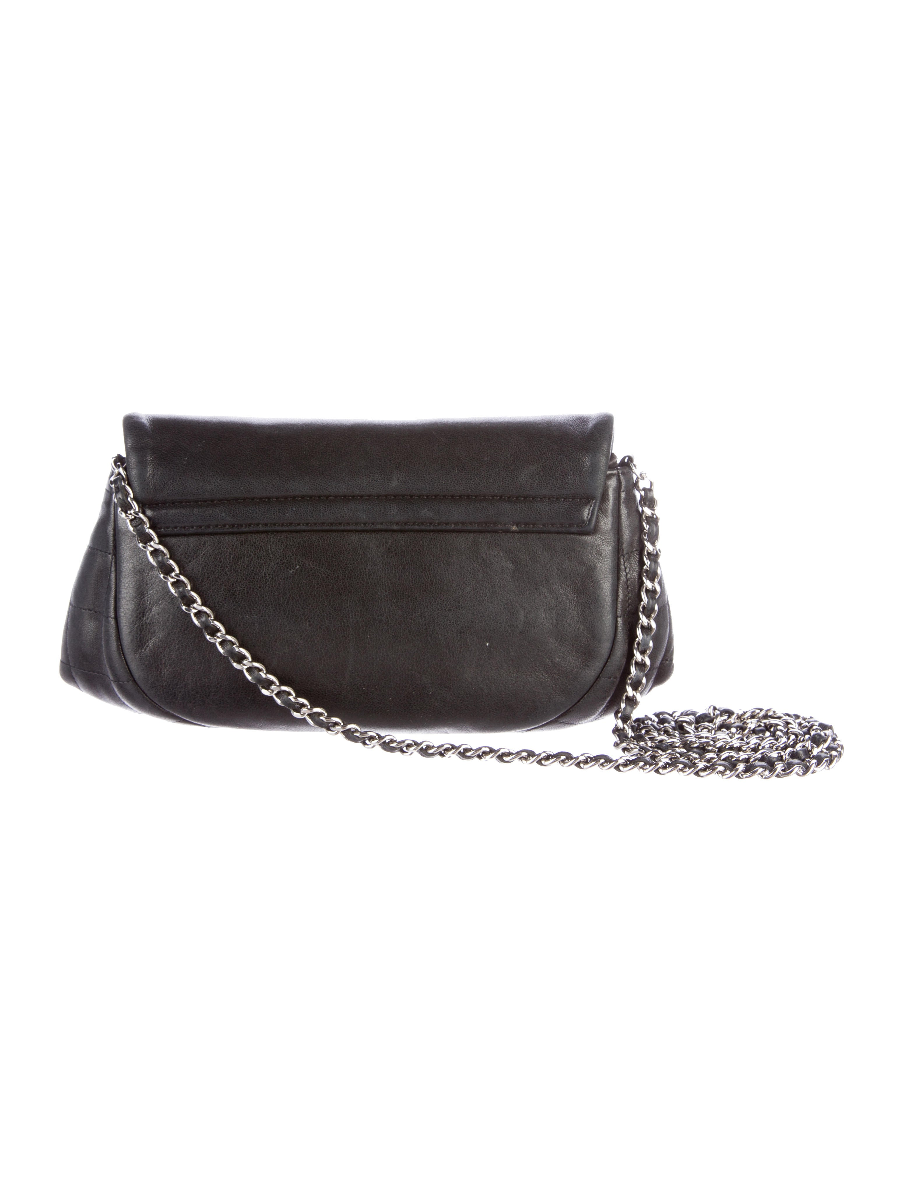 fb7a505b9cb9 Chanel Half Moon Wallet On Chain - Handbags - CHA184438 .