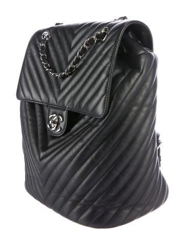4188c45dcc3ea8 Chanel 2017 Chevron Large Urban Spirit Backpack - Handbags - CHA184771 |  The RealReal