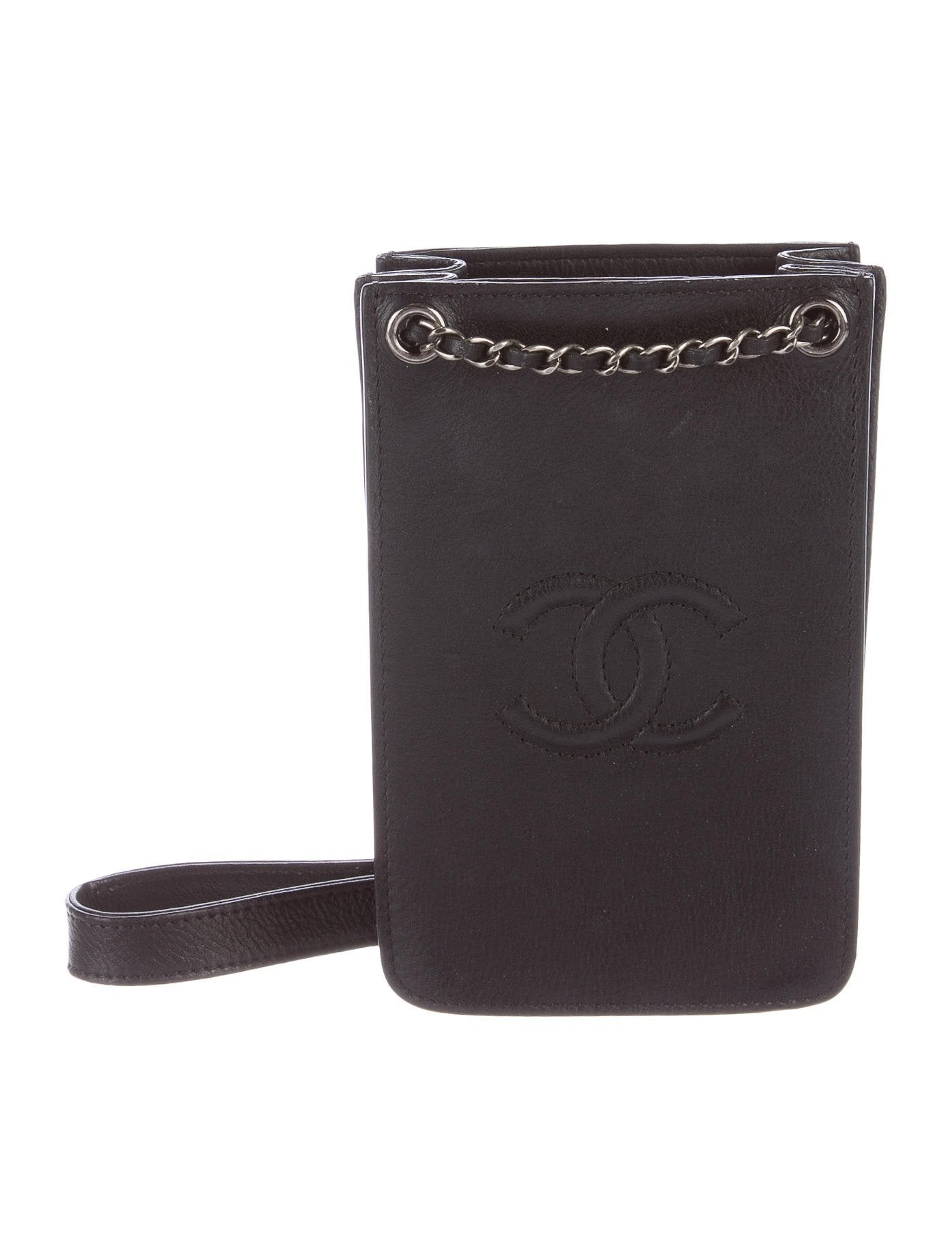 Chanel Crossbody Phone Holder - Accessories - CHA186962 ...