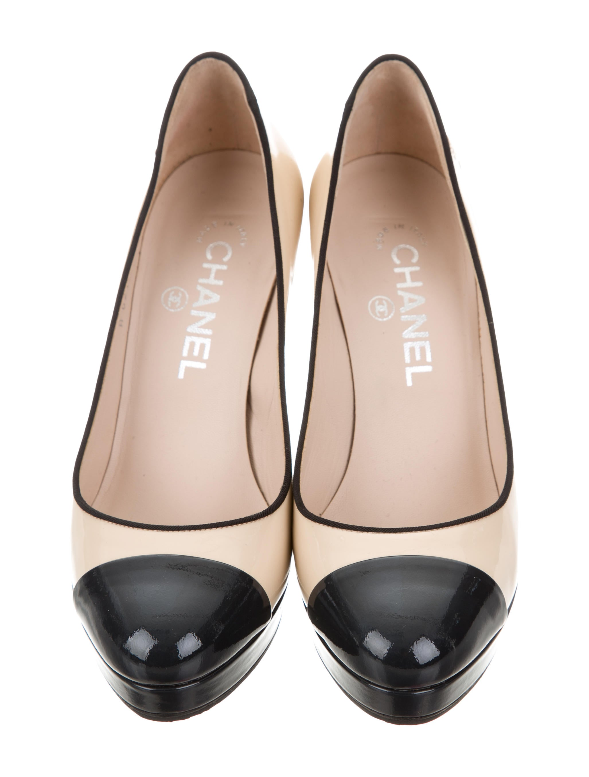 Chanel Cc Cap Toe Pumps Shoes Cha187391 The Realreal