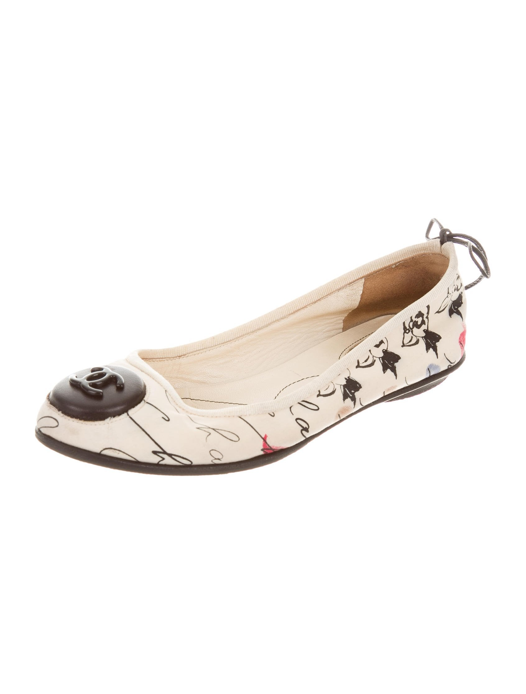 chanel canvas cc flats shoes cha187637 the realreal