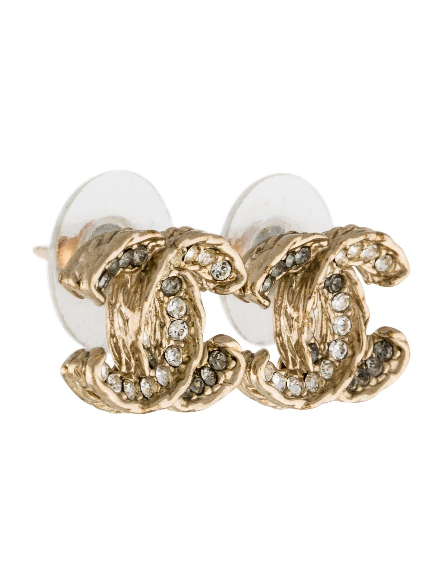 Chanel Crystal Cc Logo Stud Earrings Earrings