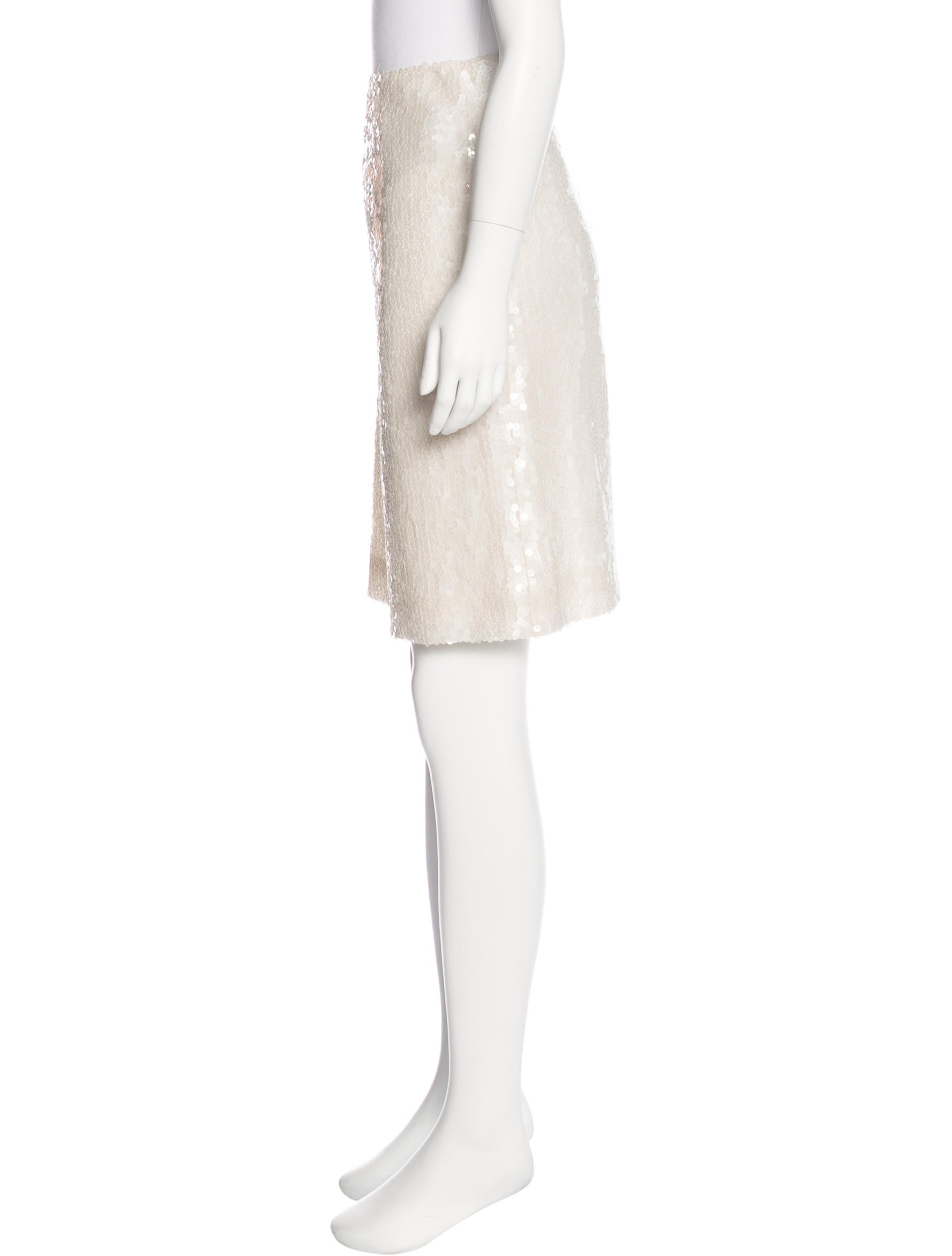 chanel sequined knee length skirt clothing cha193335