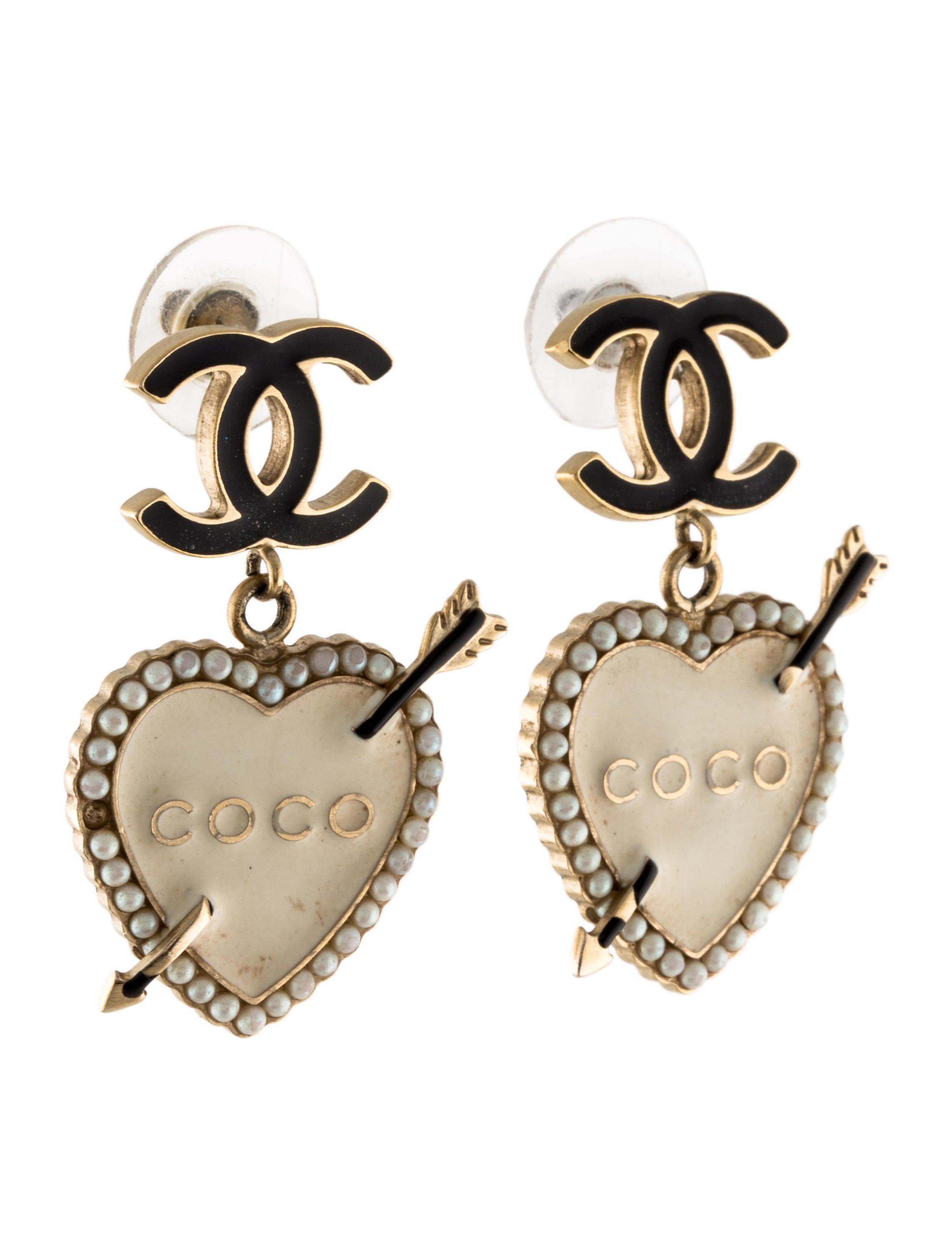 Chanel Pearl & Enamel Heart CC Drop Earrings
