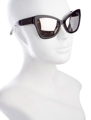 573c73a29 Chanel CC Cat-Eye Sunglasses - Accessories - CHA193609 | The RealReal