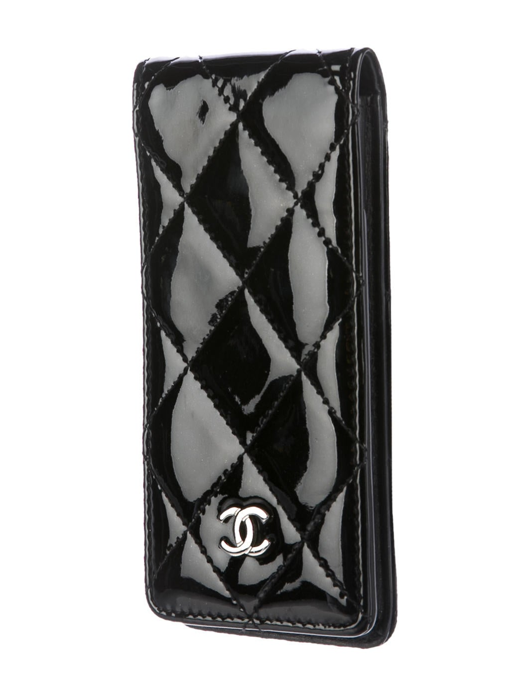 chanel iphone case chanel quilted patent iphone accessories 10355