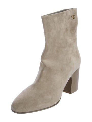 chanel quilted boots. chanel cc suede ankle boots quilted l
