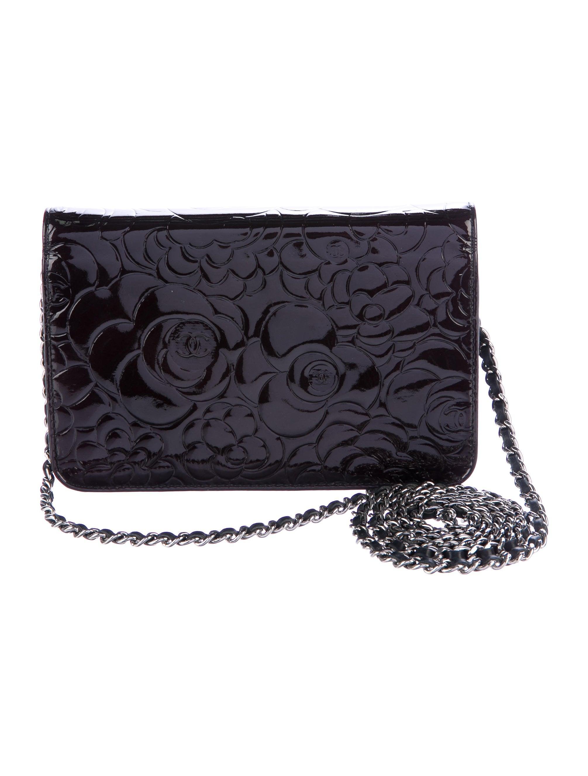 77b266b2ebbb Chanel Camellia Wallet On Chain - Handbags - CHA201021 .