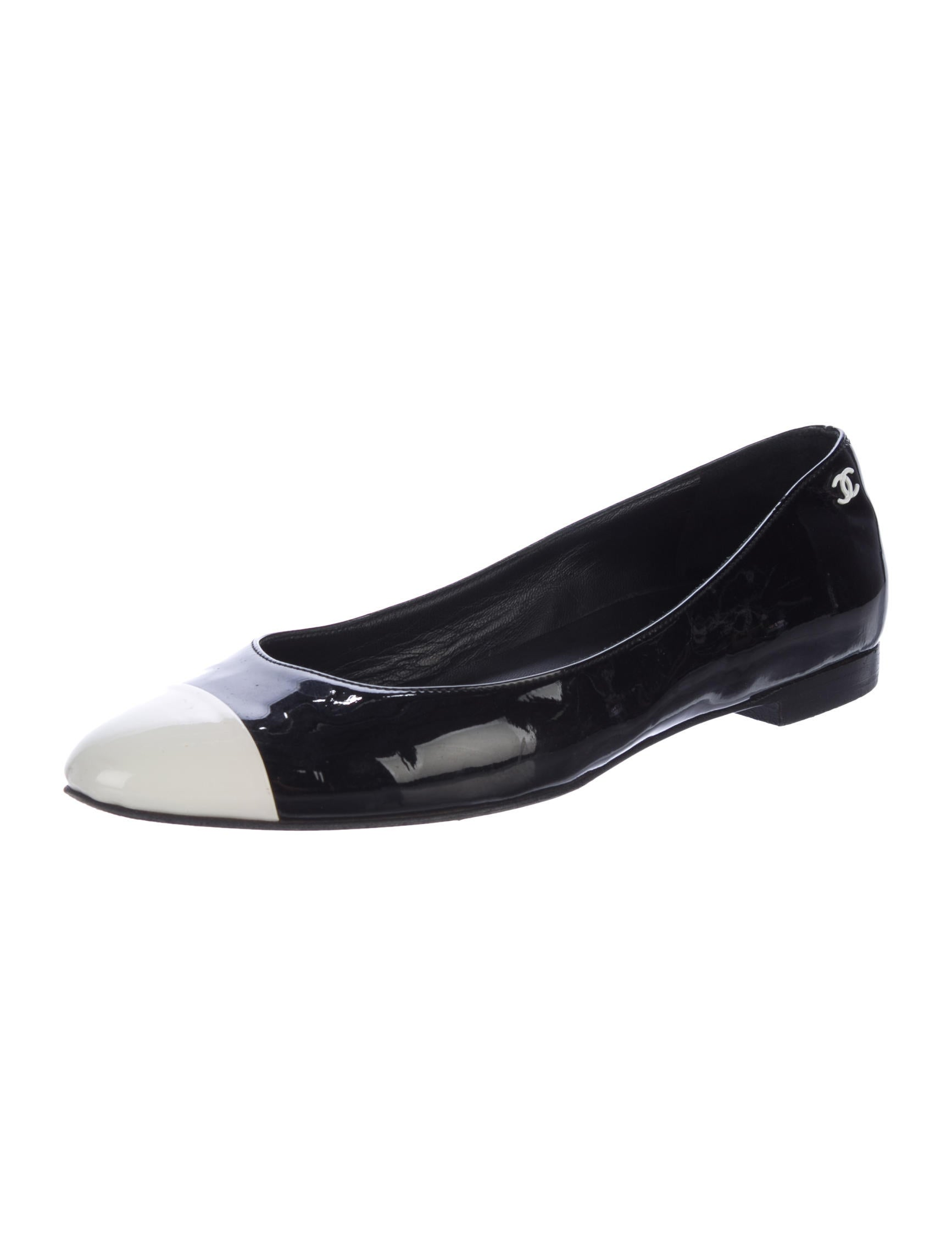 chanel cc patent leather flats shoes cha202821 the