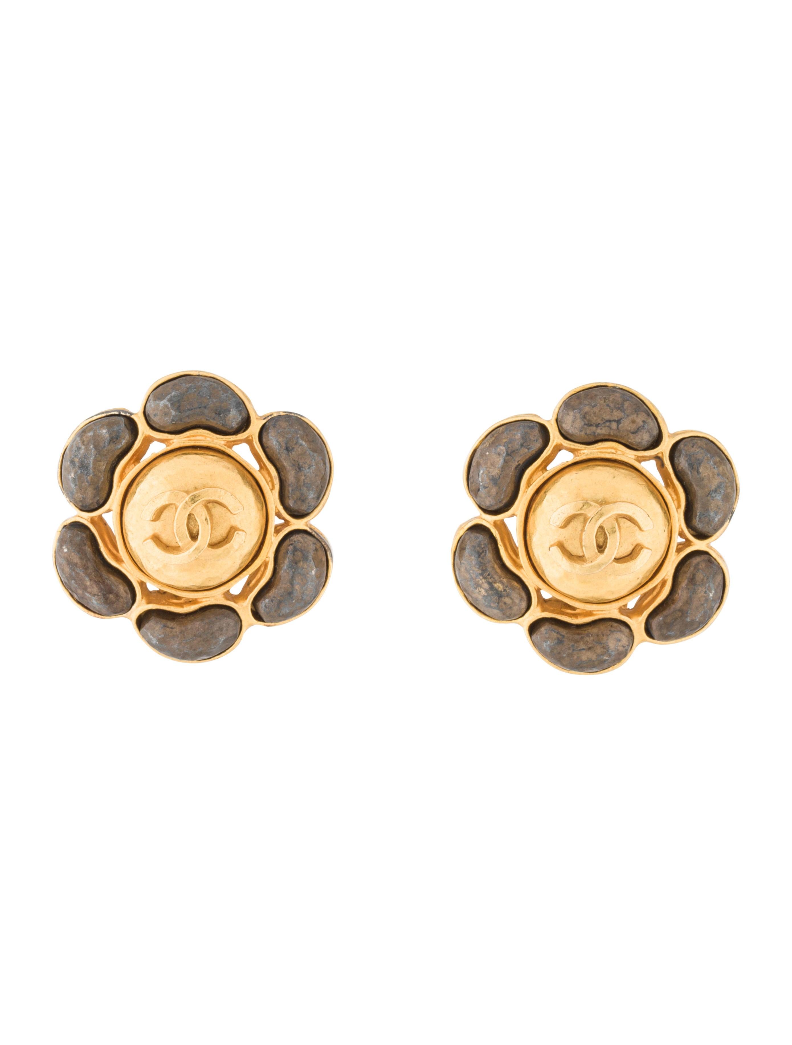 chanel cc clip on earrings earrings cha203224 the