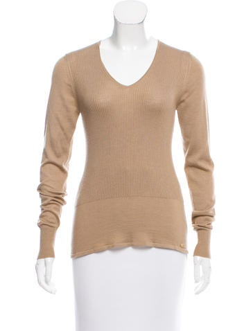 Chanel Cashmere Ribbed Top None