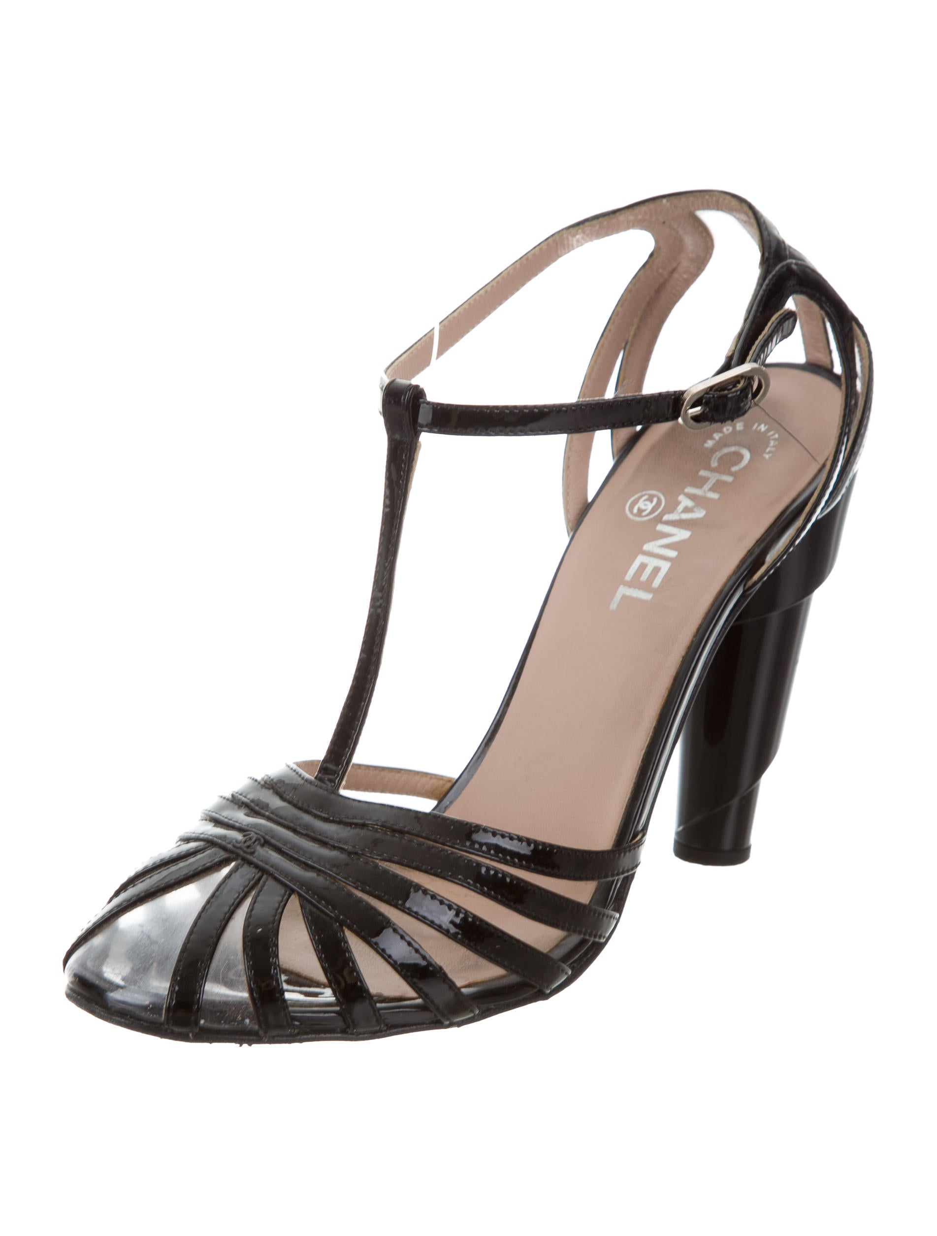 chanel patent leather t strap pumps shoes cha205184 the realreal. Black Bedroom Furniture Sets. Home Design Ideas