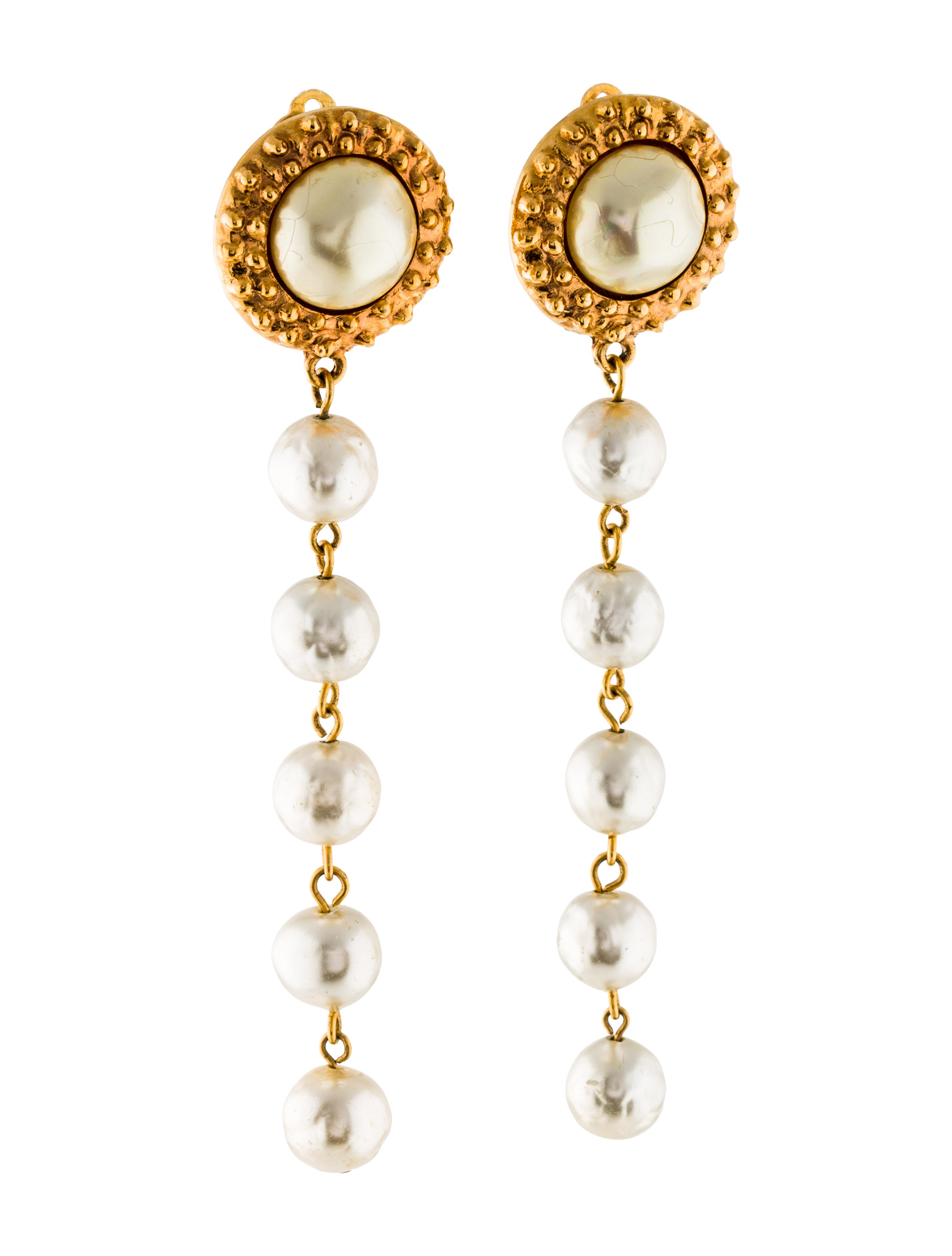 chanel vintage pearl drop clip on earrings earrings