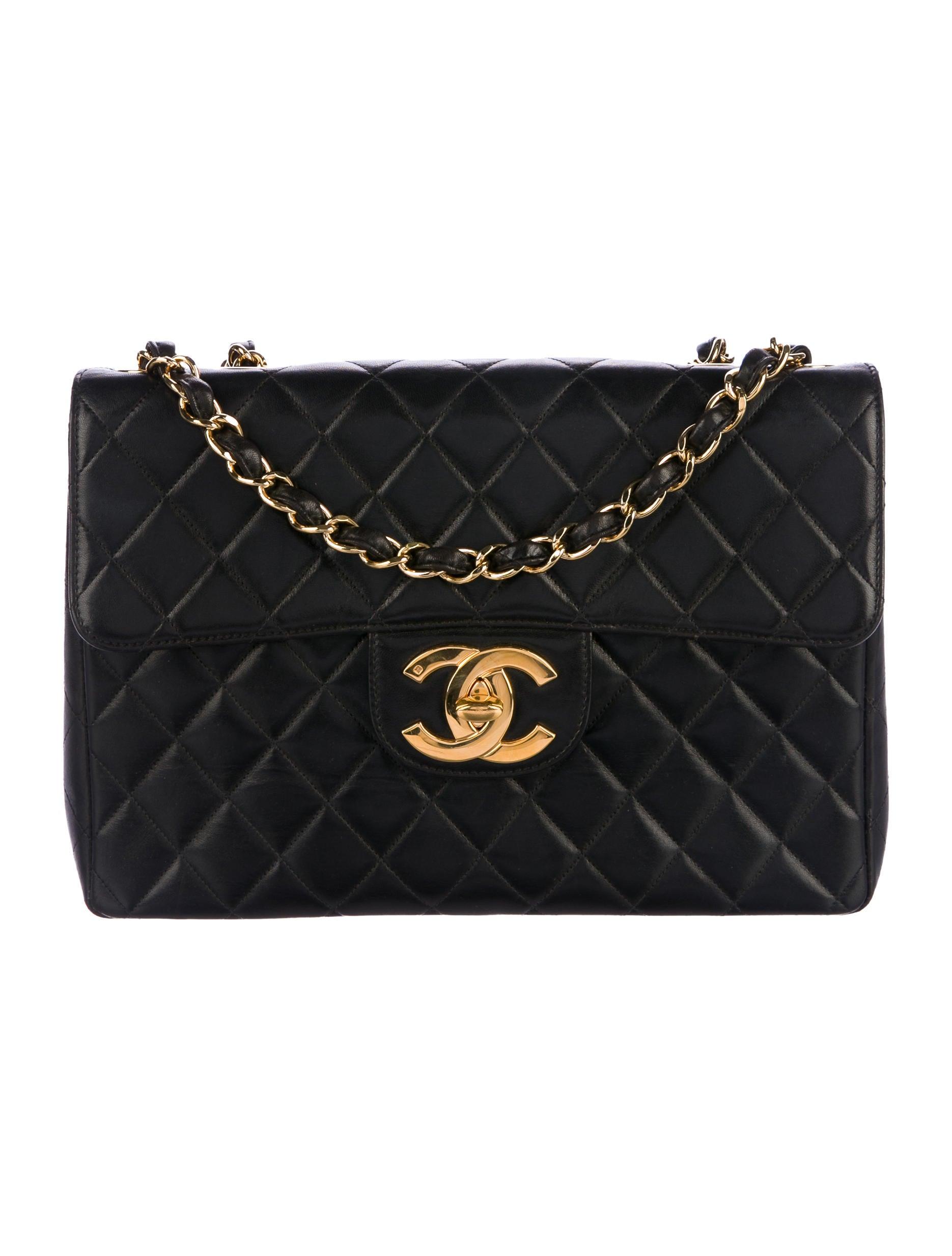 Chanel Väskor Vintage : Chanel vintage classic jumbo flap bag handbags