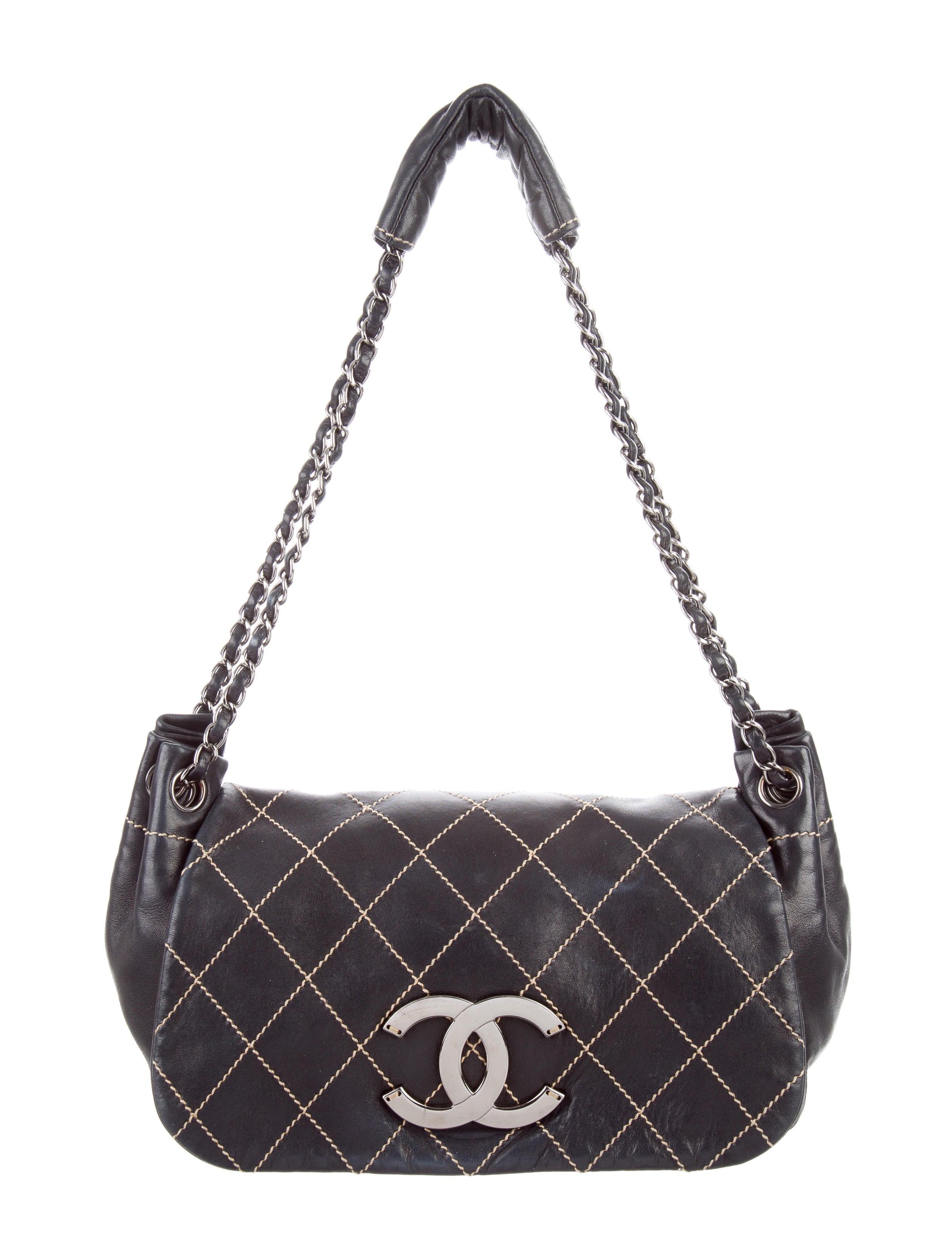 804c927a60eaa2 Chanel Surpique Accordion Flap Bag - Handbags - CHA207048 | The RealReal