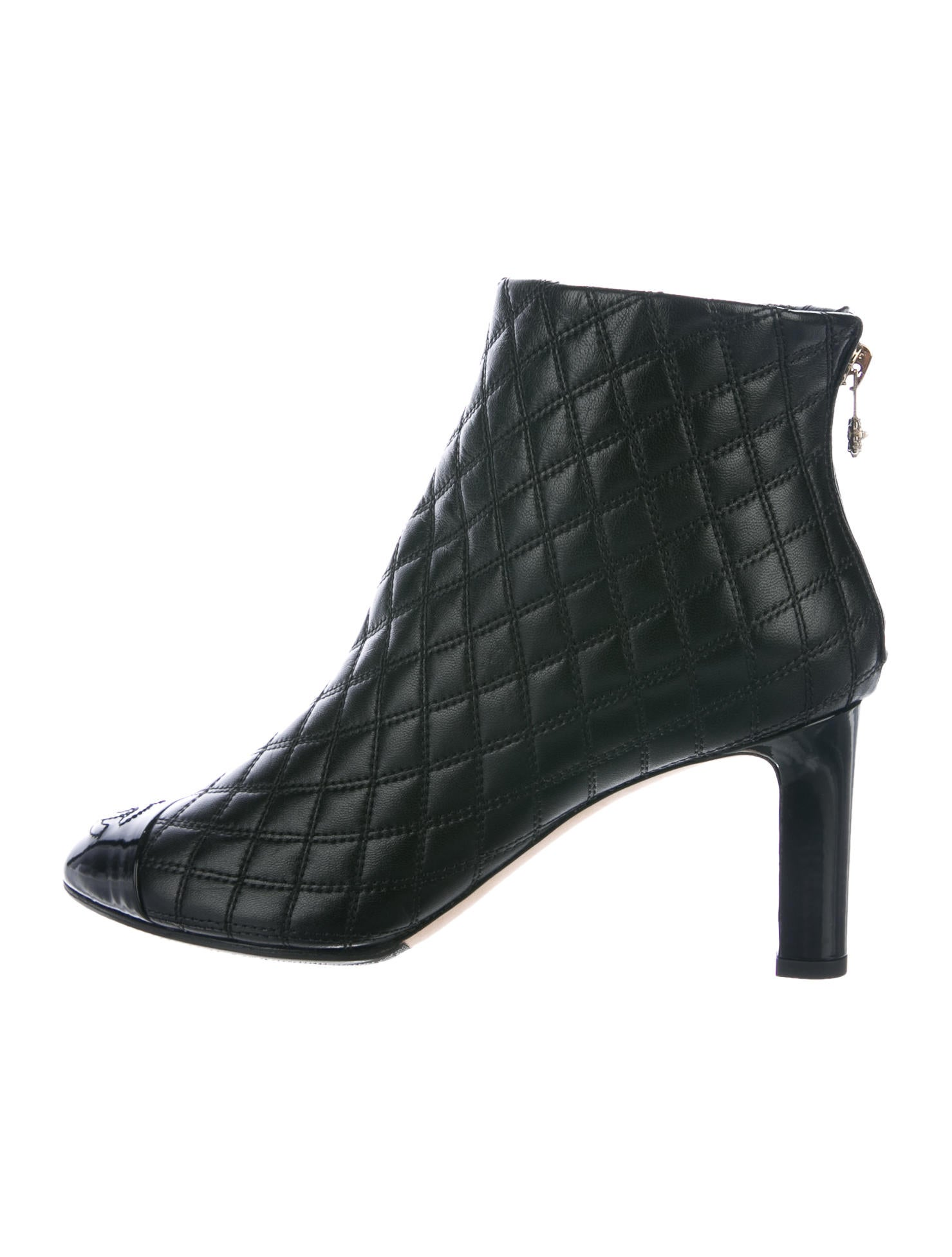 3da465176a43 Chanel CC Quilted Leather Ankle Boots - Shoes - CHA211396