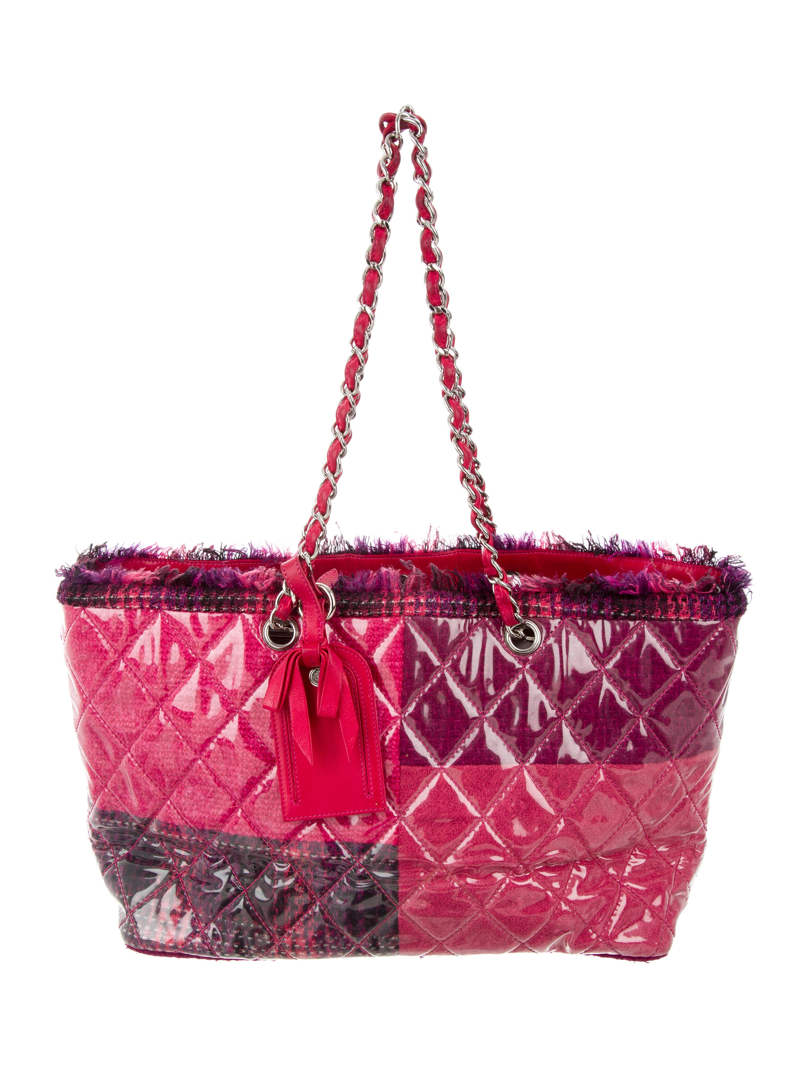 6b9b852c1efb81 Lyst - Women's Chanel Totes and shopper bags