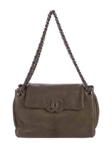 Chanel Handbags | The RealReal : chanel mini quilted bag - Adamdwight.com
