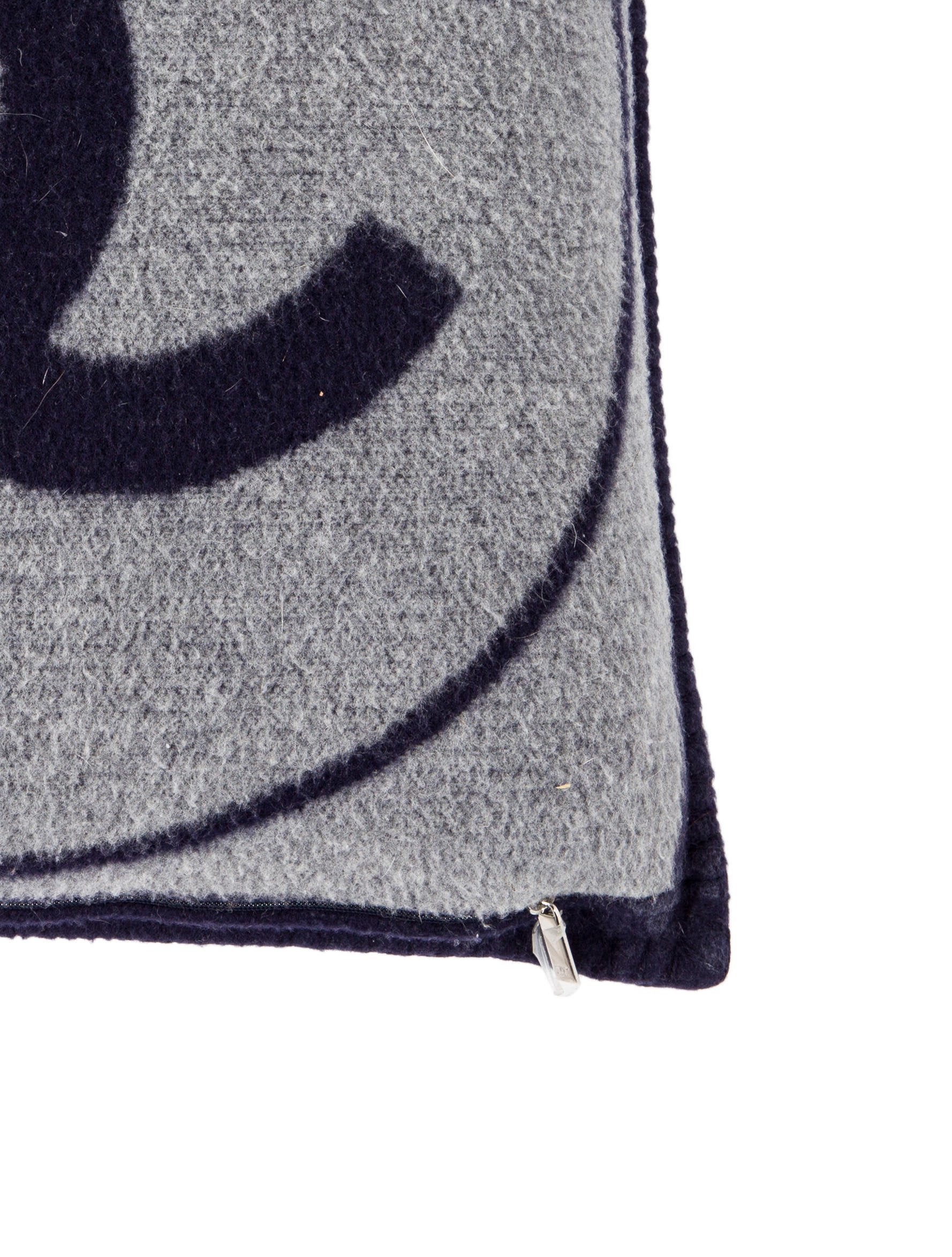 Grey Wool Throw Pillow : Chanel CC Wool Throw Pillow - Bedding And Bath - CHA219084 The RealReal
