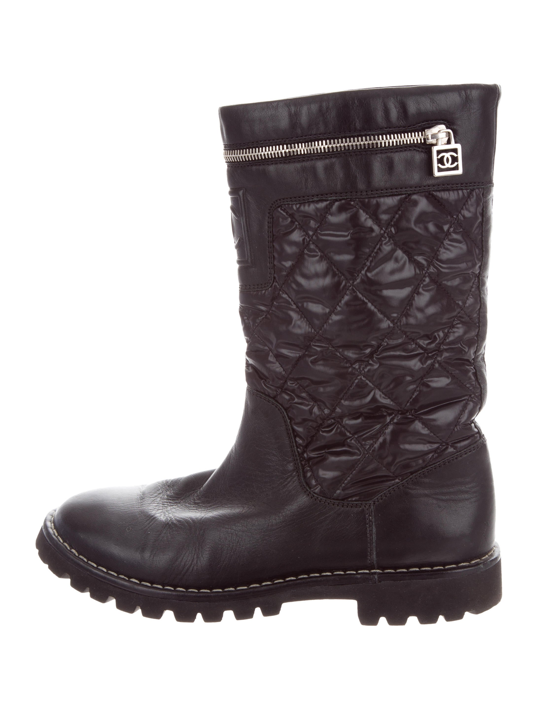 Chanel Quilted Biker Boots - Shoes - CHA221982   The RealReal : quilted biker boots - Adamdwight.com