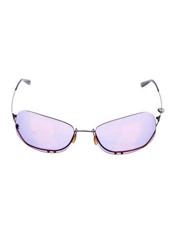 Chanel Mirrored Pearl Sunglasses None
