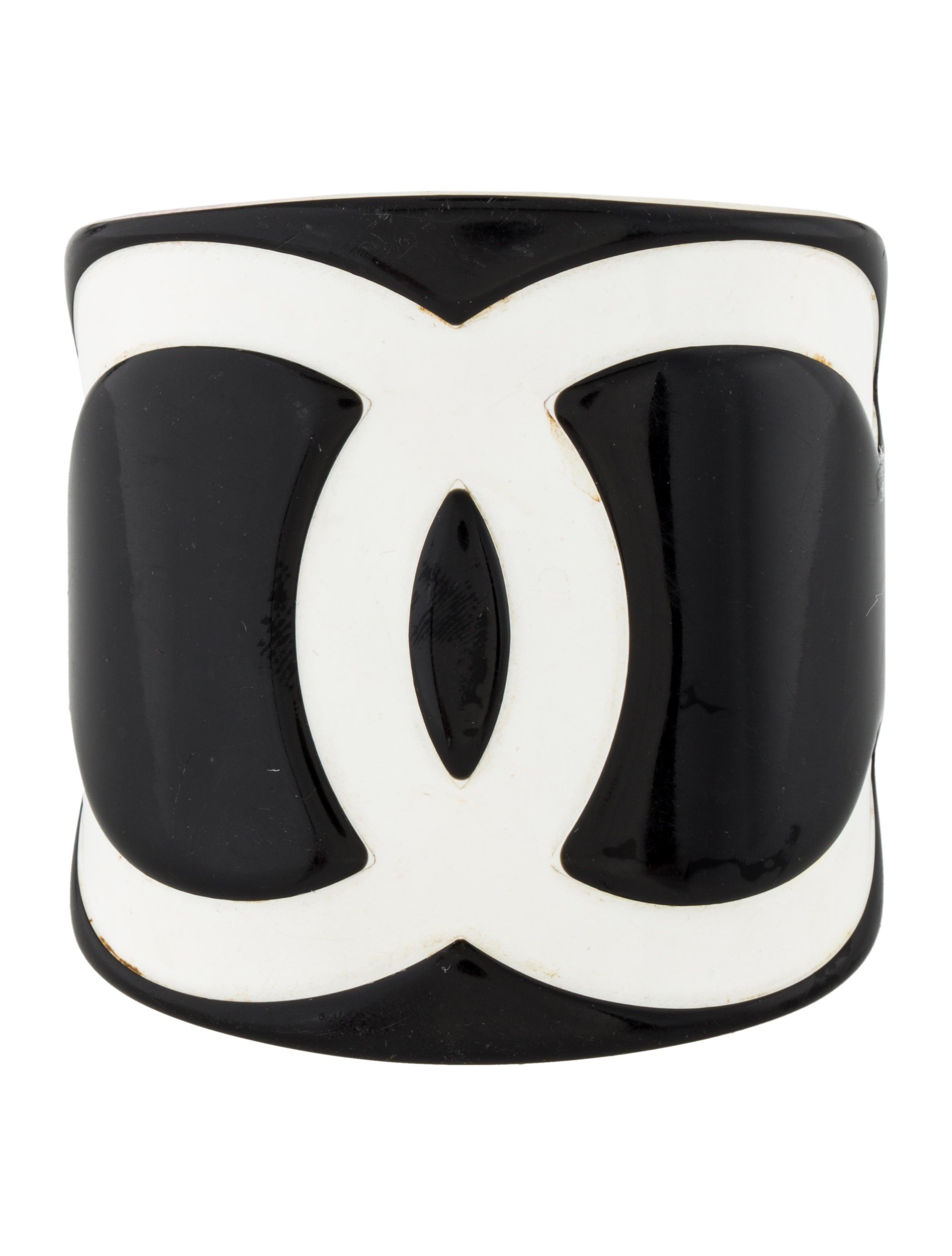 9cd57e7910e Chanel Resin CC Cuff - Bracelets - CHA231460