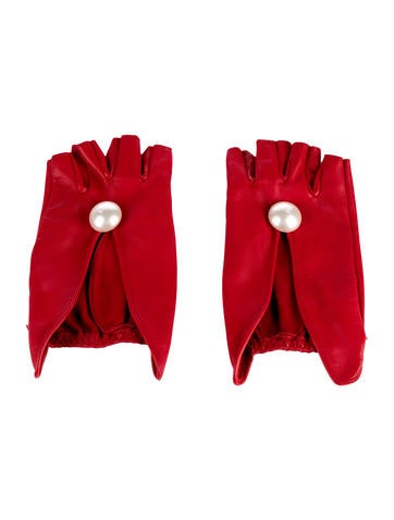 Chanel Leather Fingerless Gloves None