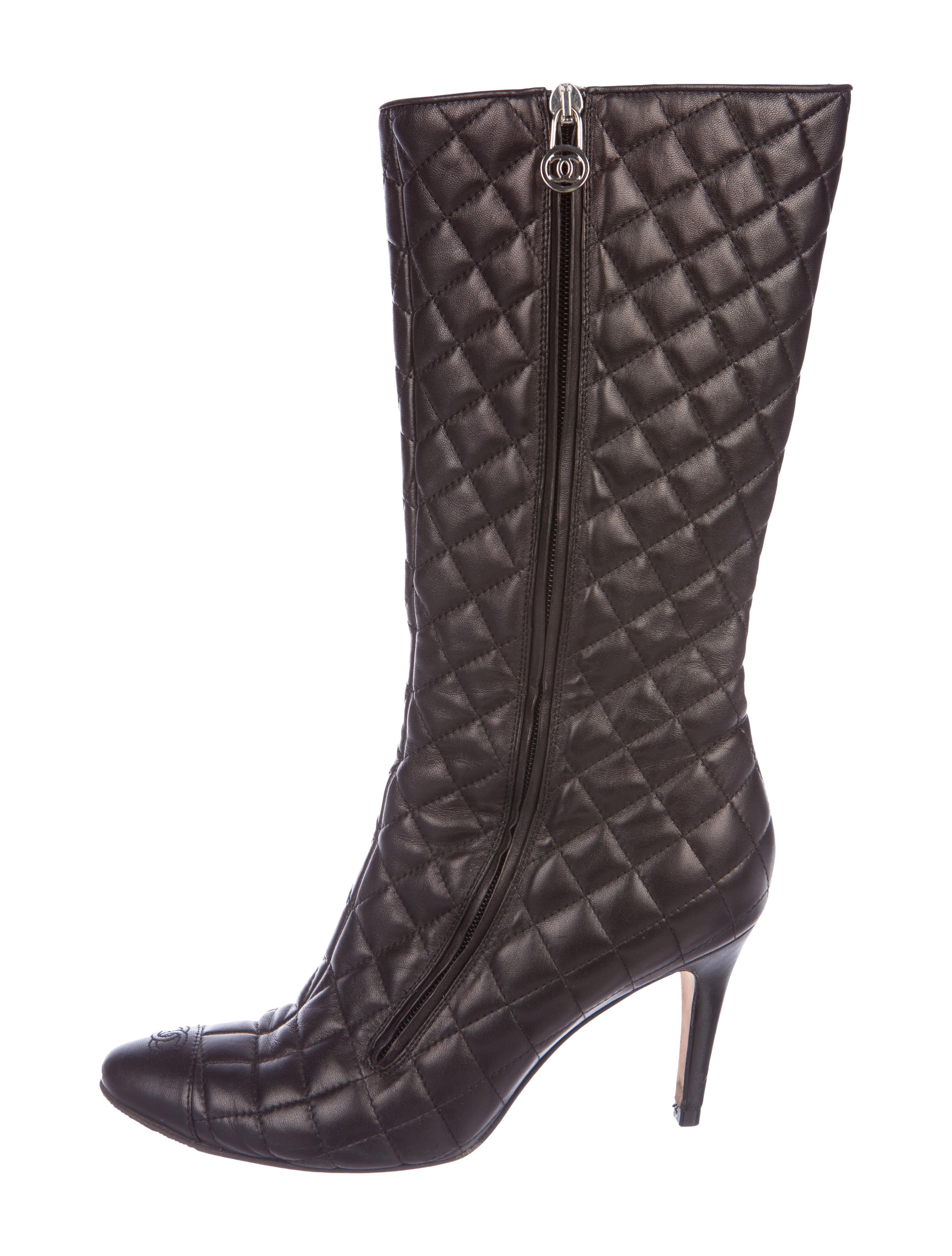 Chanel Cc Quilted Boots Shoes Cha232173 The Realreal