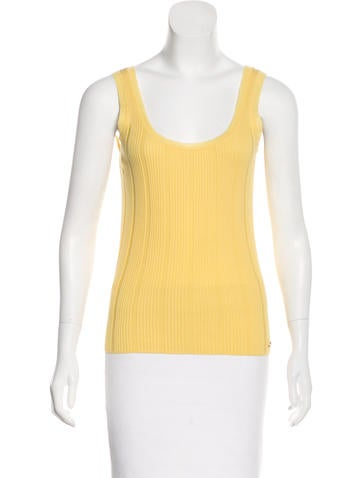 Chanel Knit Sleeveless Top None