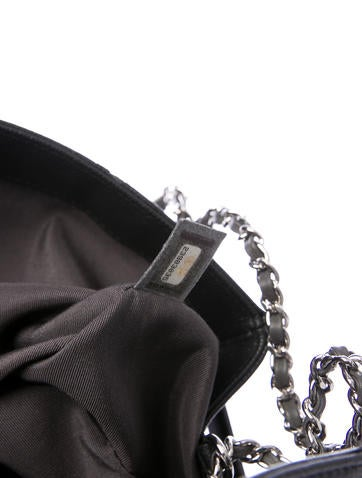 2017 Large Macro Chevron Flap Bag