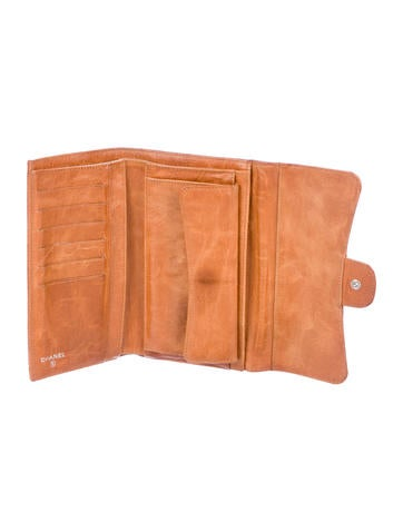 Quilted Continental Wallet