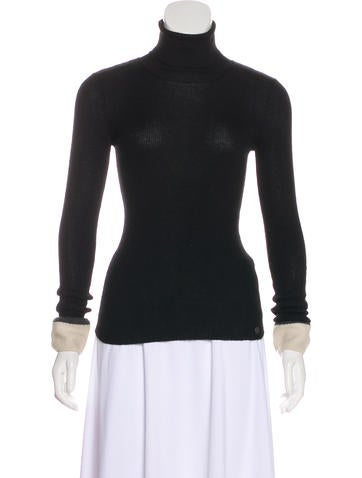 Chanel Cashmere & Silk Turtleneck Top None
