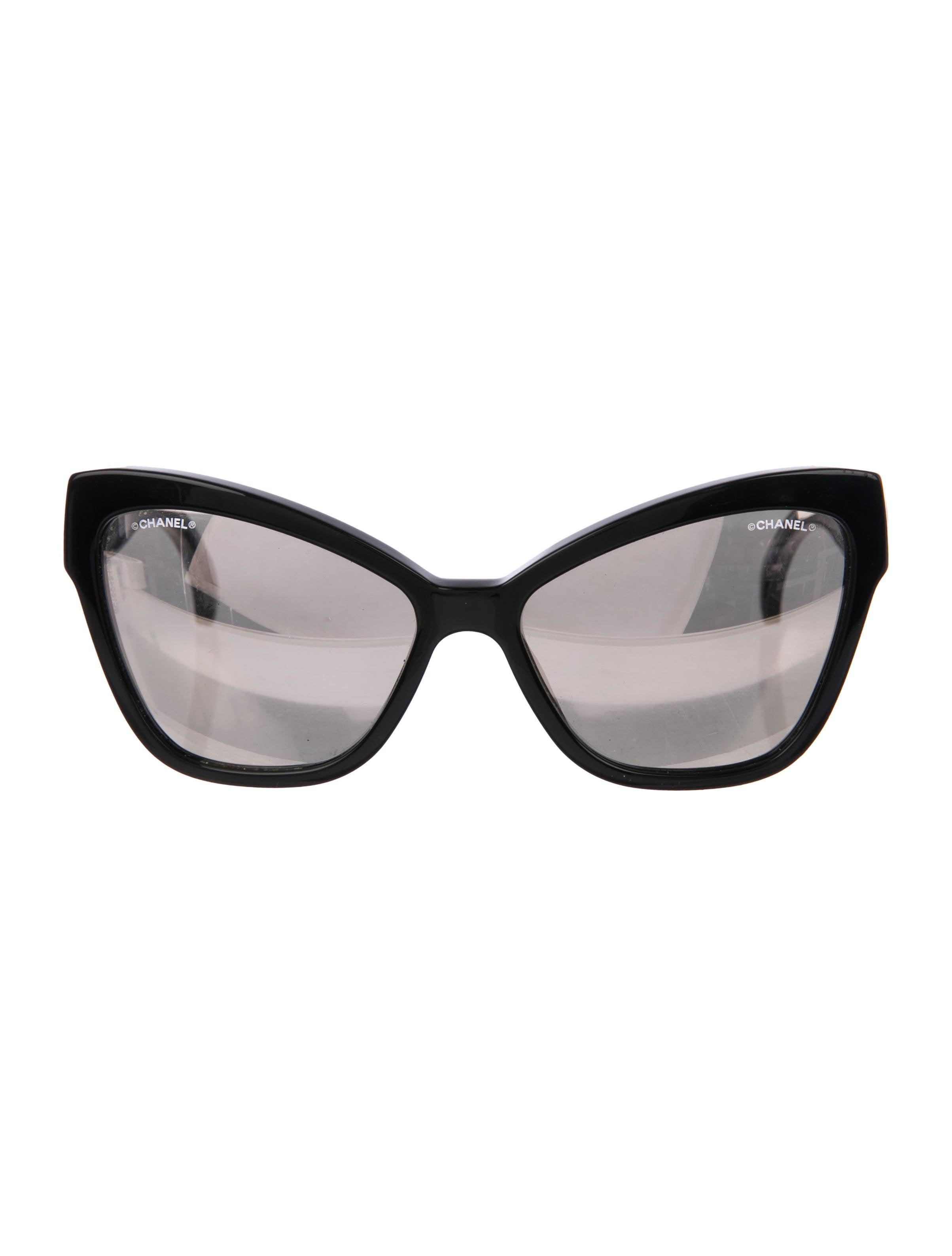 943eddee7 Chanel CC Cat-Eye Sunglasses - Accessories - CHA262063 | The RealReal