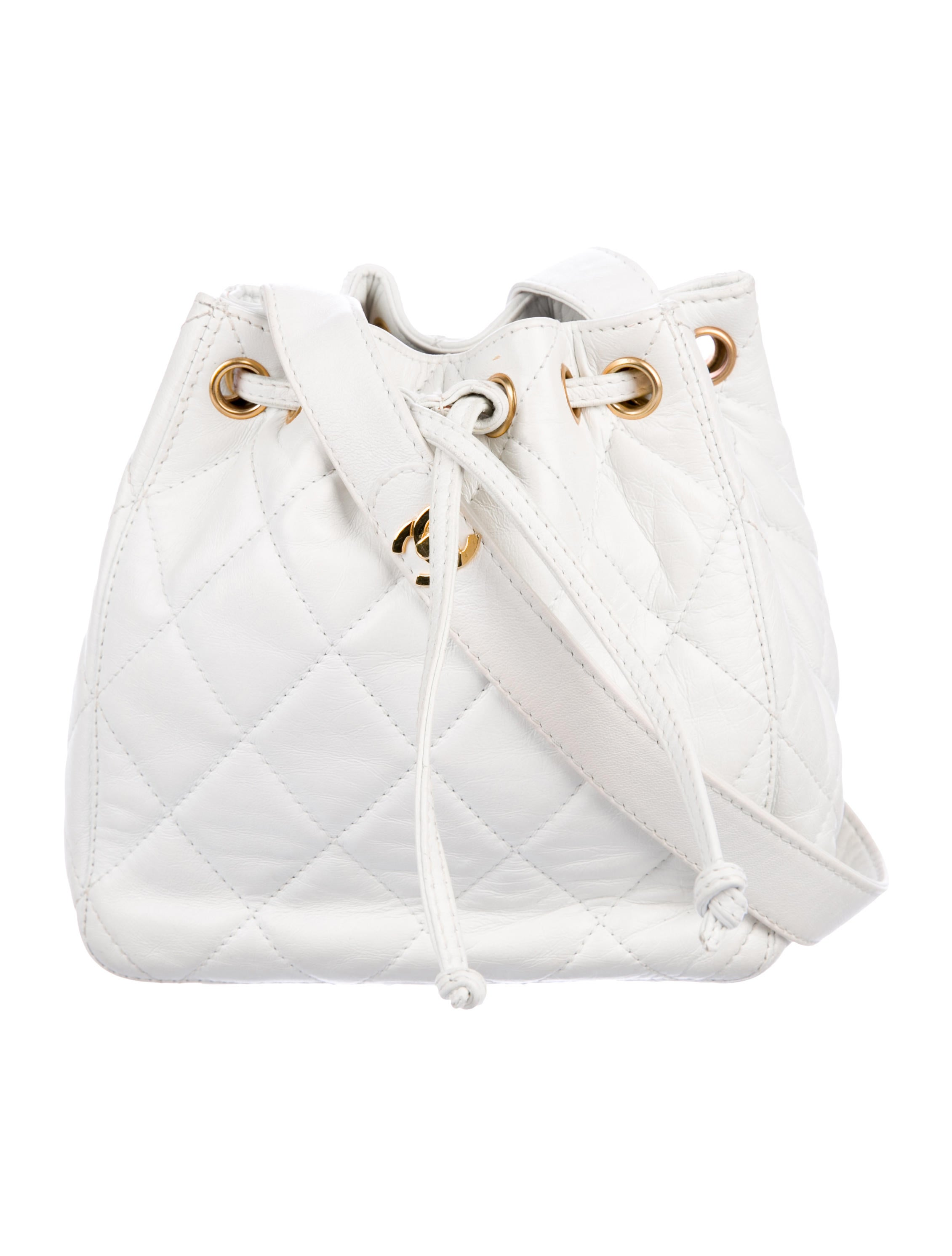 39c802bf7c1b0 Chanel Vintage Quilted Lambskin Drawstring Bag - Handbags ...